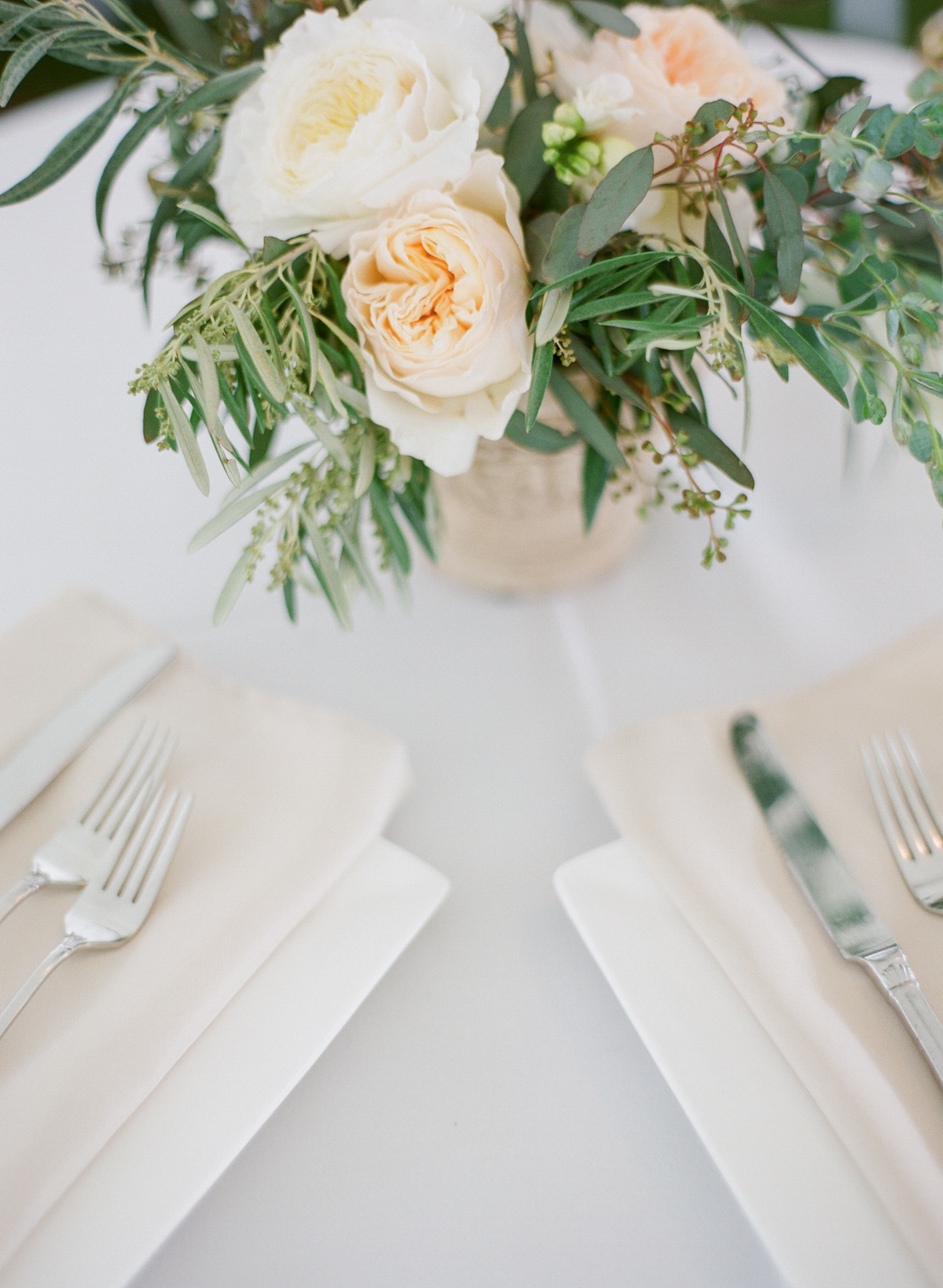 Wedding Tablescape | Fine Art Crestview Florida Wedding | Jennifer Blair Photography
