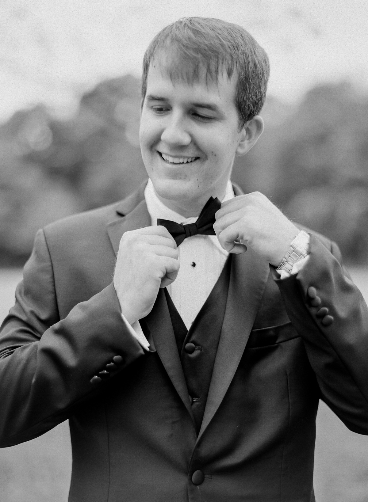Groom Black Bowtie | Fine Art Crestview Florida Wedding | Jennifer Blair Photography