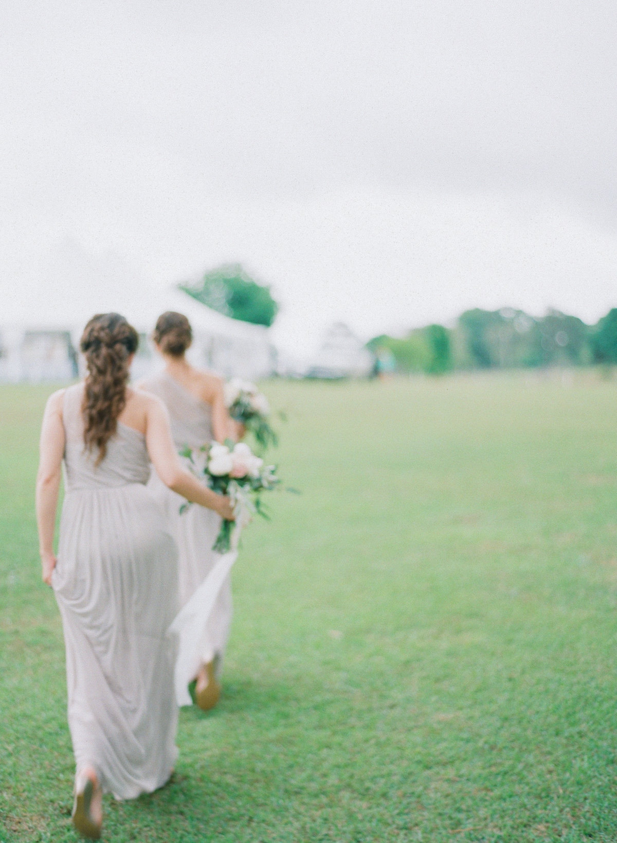 Bridesmaids In A Field | Fine Art Crestview Florida Wedding | Jennifer Blair Photography