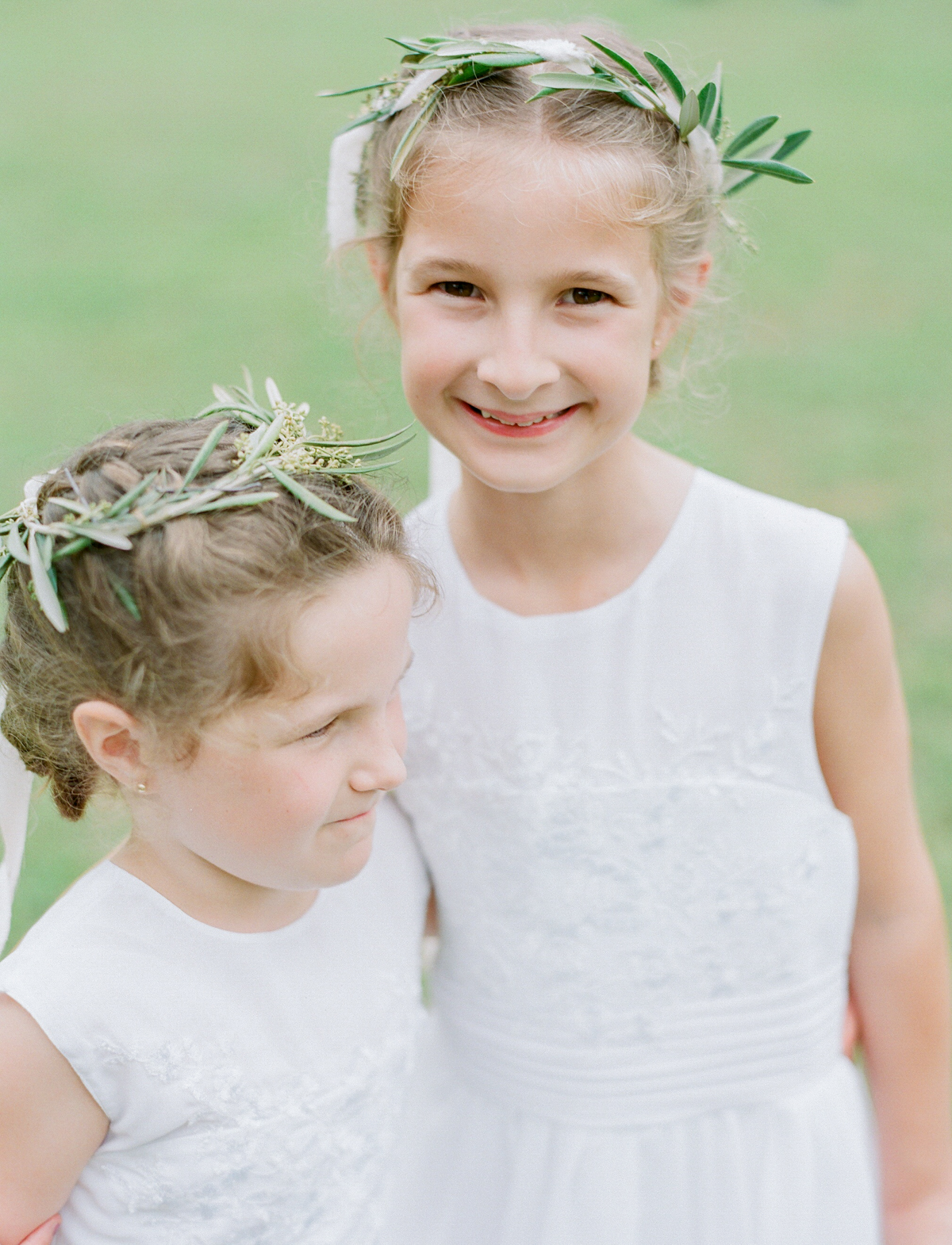 Flower Girl Flower Head Pieces | Fine Art Crestview Florida Wedding | Jennifer Blair Photography