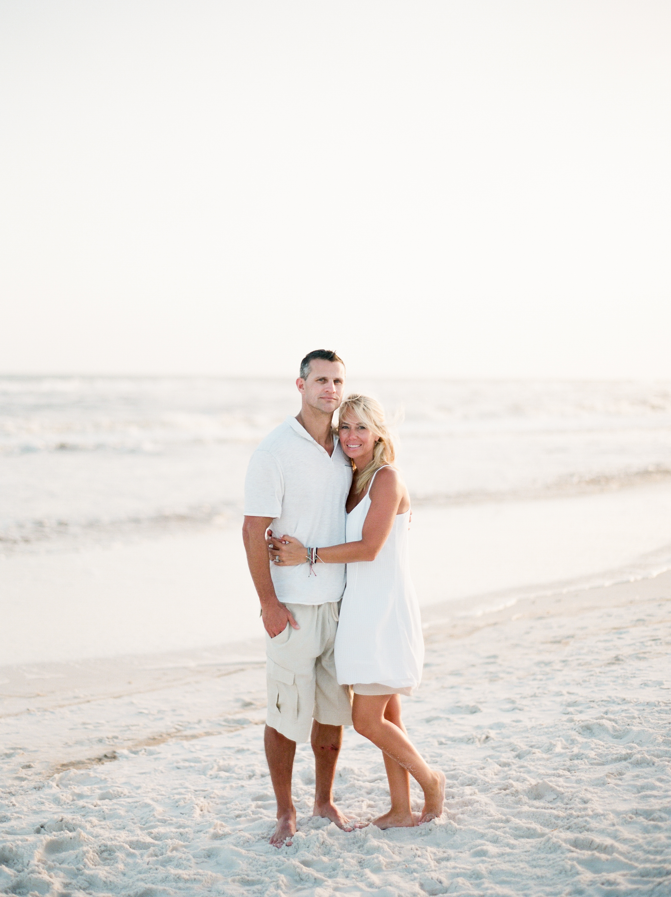 family-beachpictures-kayliebpoplinphotography