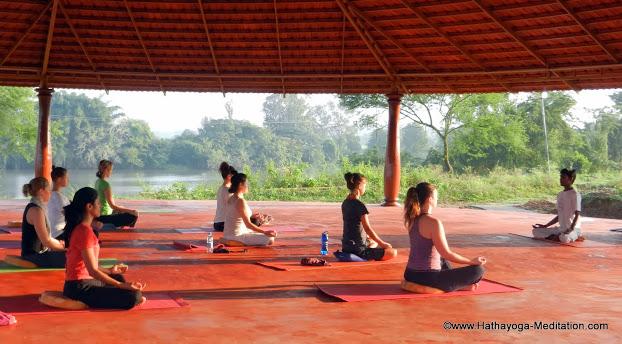 01 Yoga Dawn (15).JPG