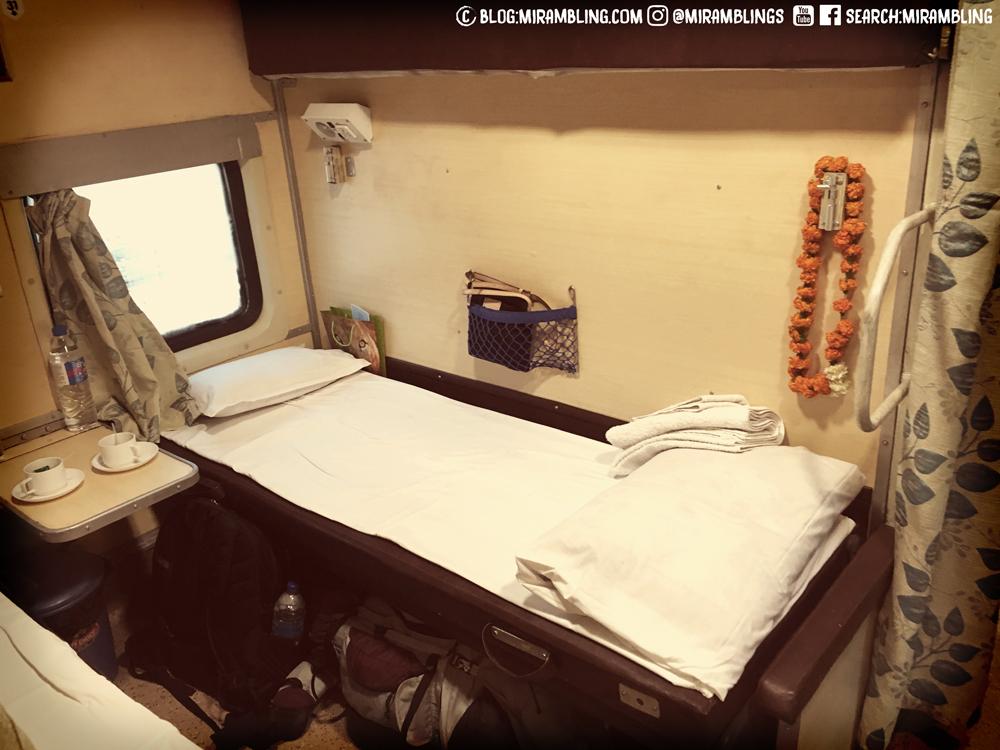 Like a hostel on wheels (AC 2T)