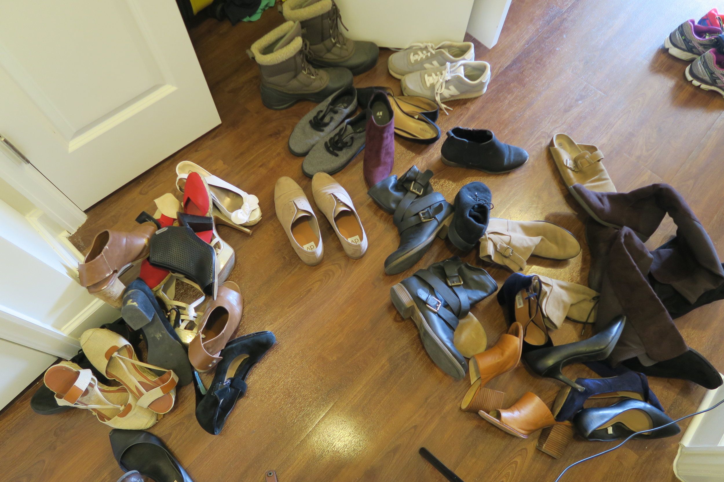closet-audit-shoes