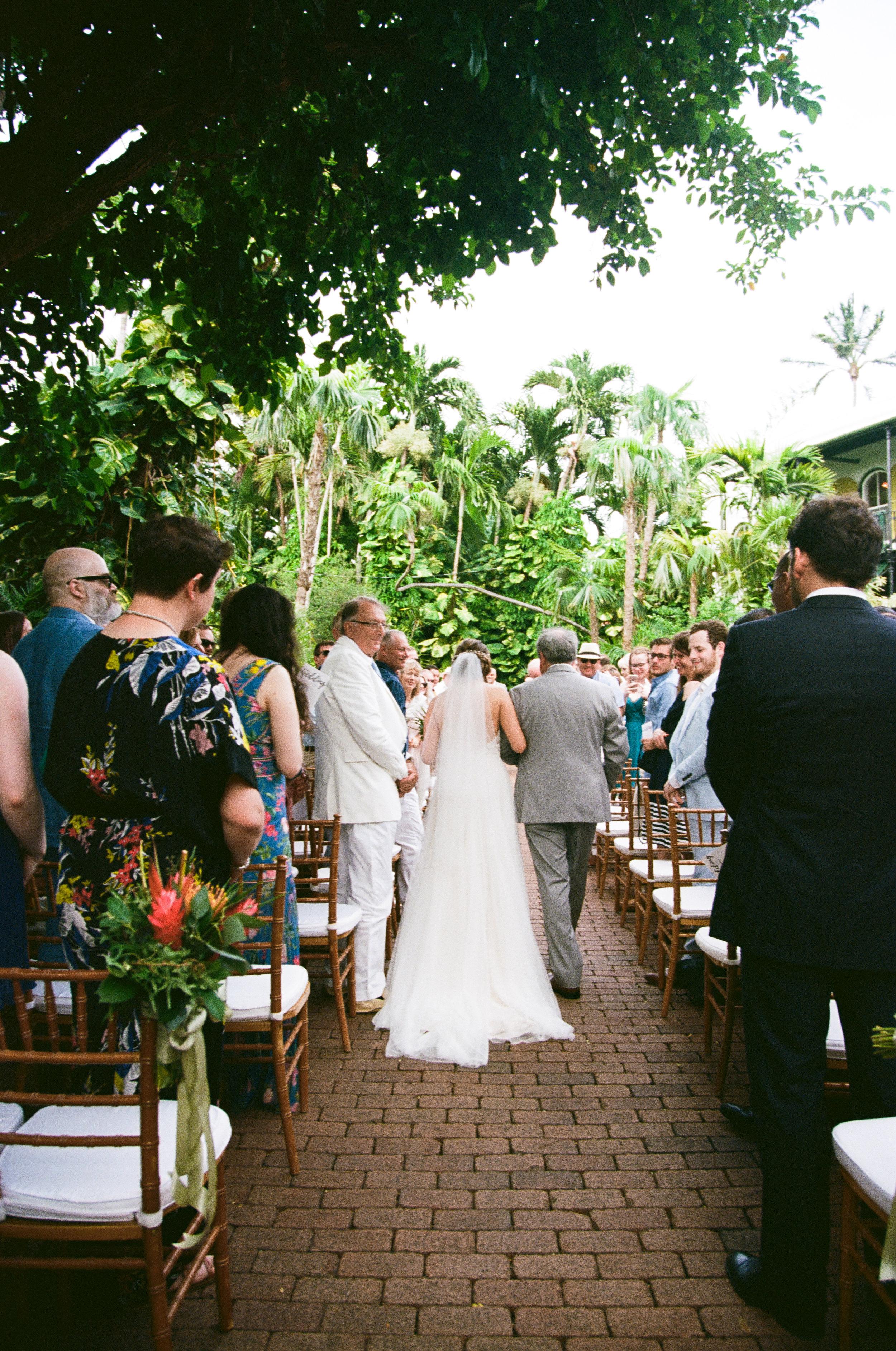 dad-walks-phoebe-down-aisle-ernest-hemingway-wedding