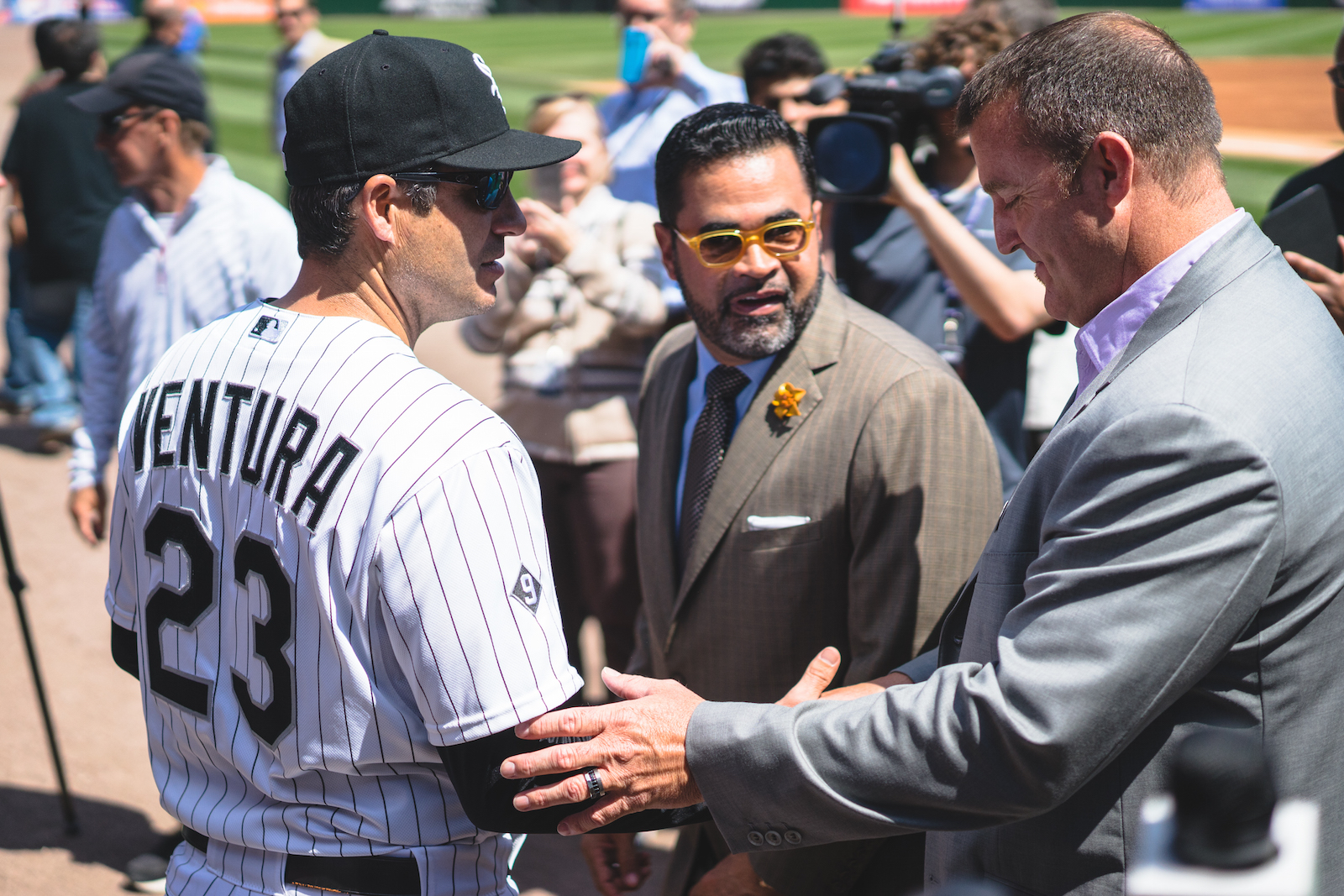 Manager Robin Ventura is greeted by former slugger Jim Thome. Ozzie loves it.