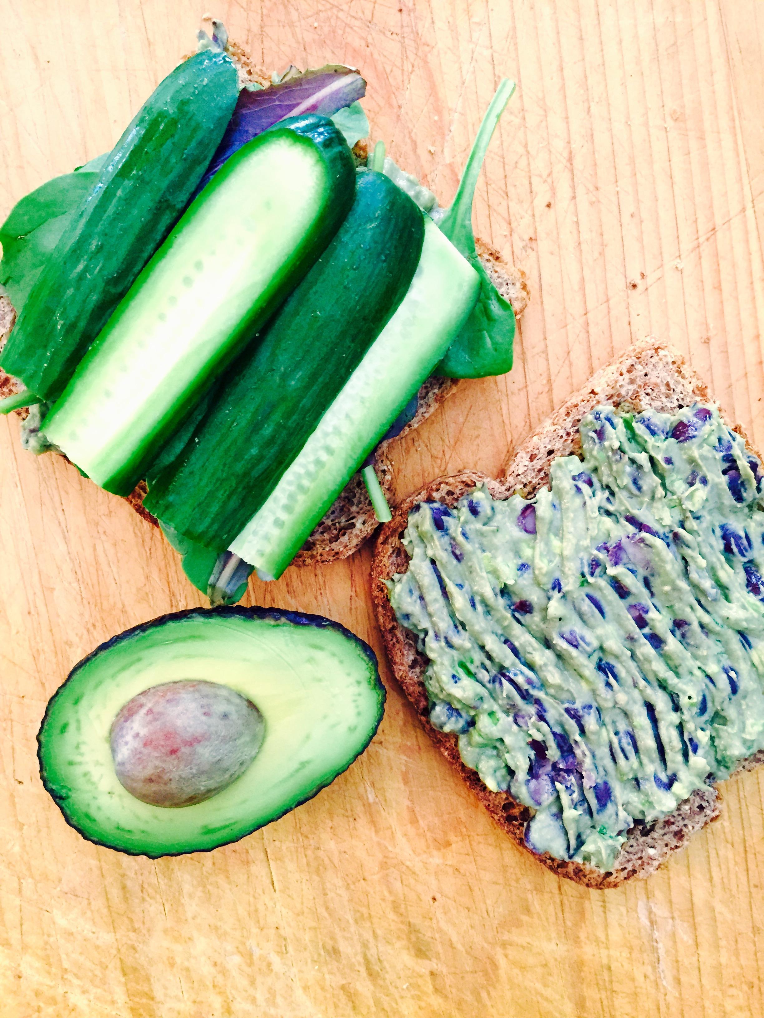 3-Ingredient Hummus (Vegan, GF)