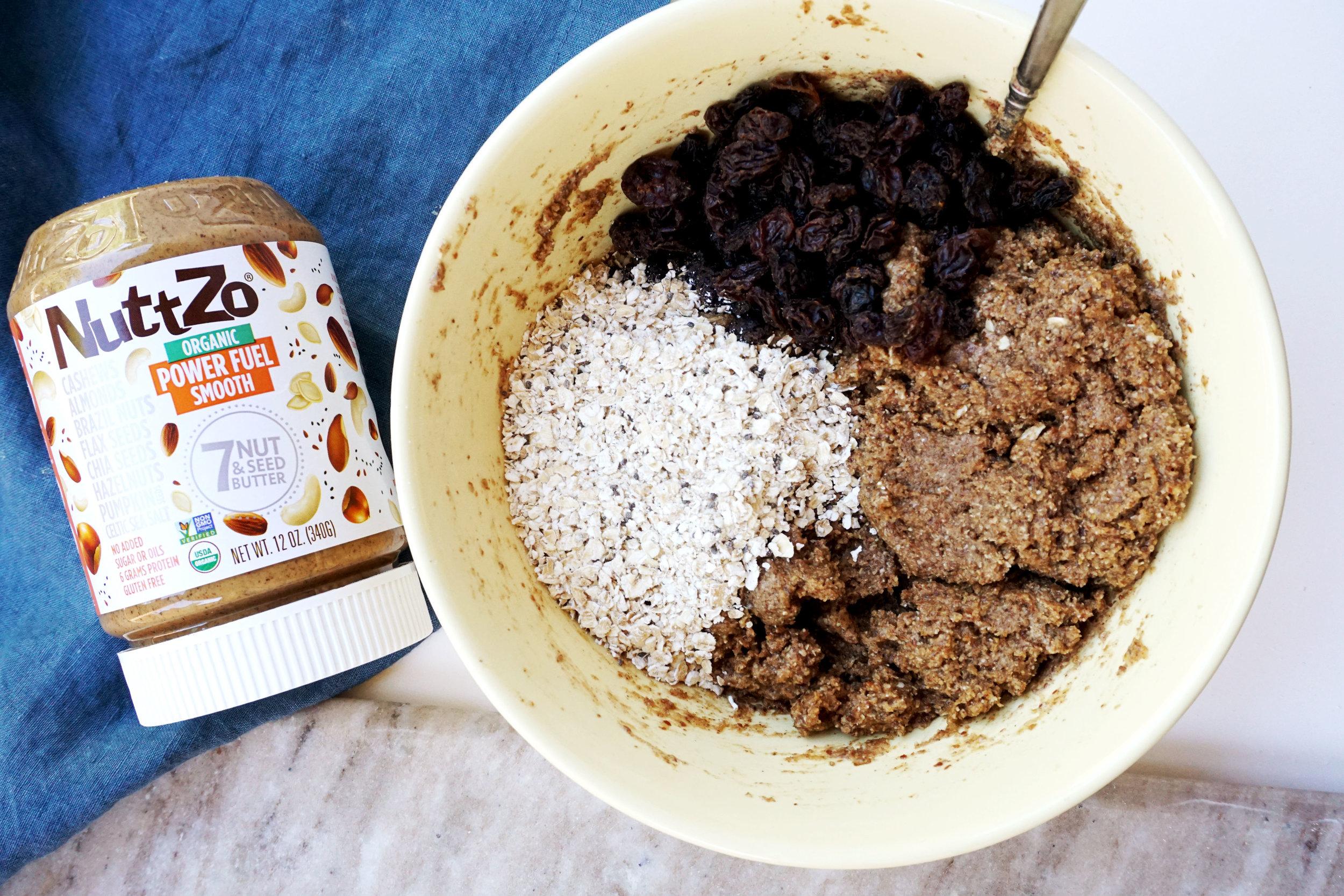 Almond Oatmeal Raisin Cookie Ice Cream Sandwiches (Vegan, GF)