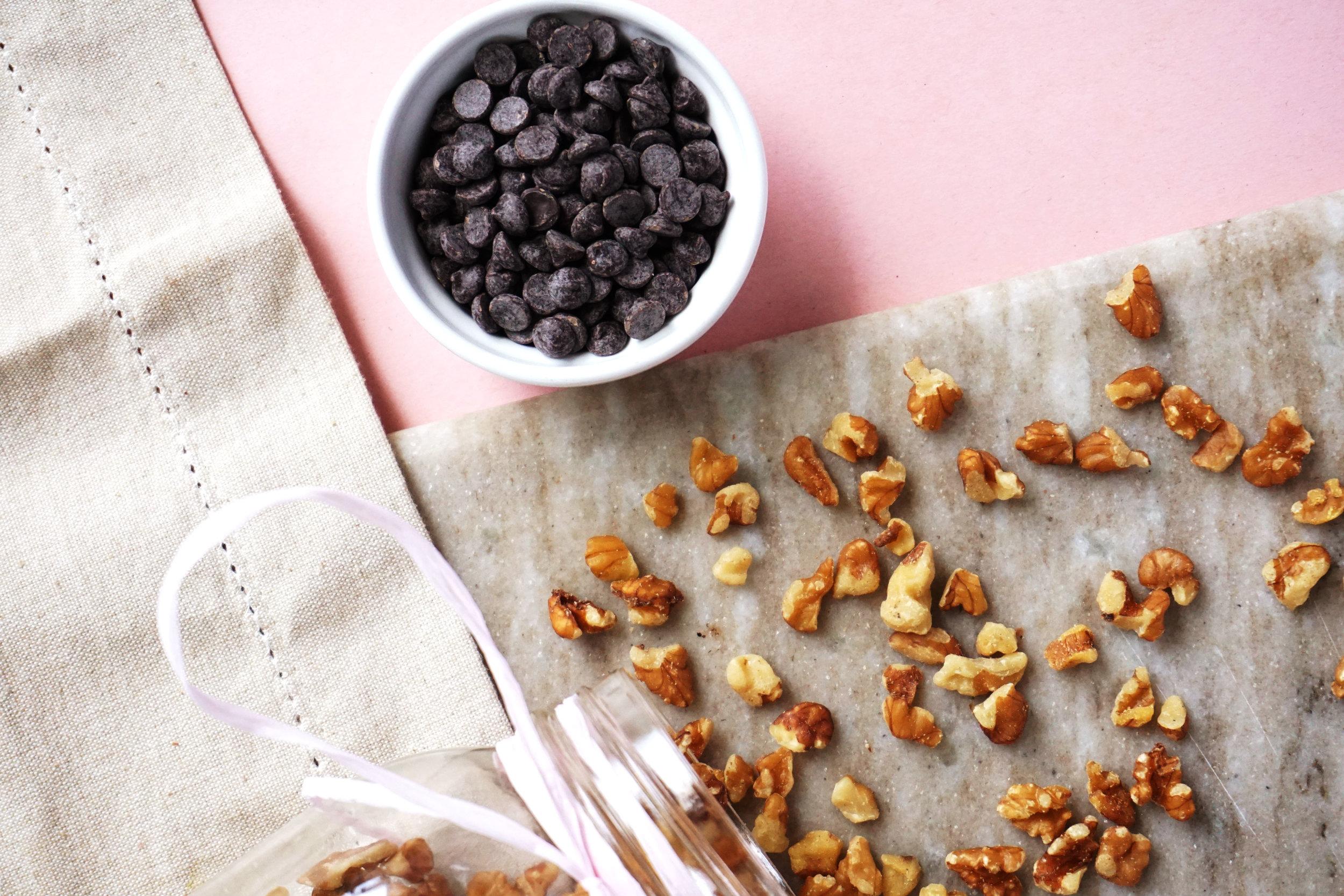 Best Vegan Brownies (Paleo, GF)