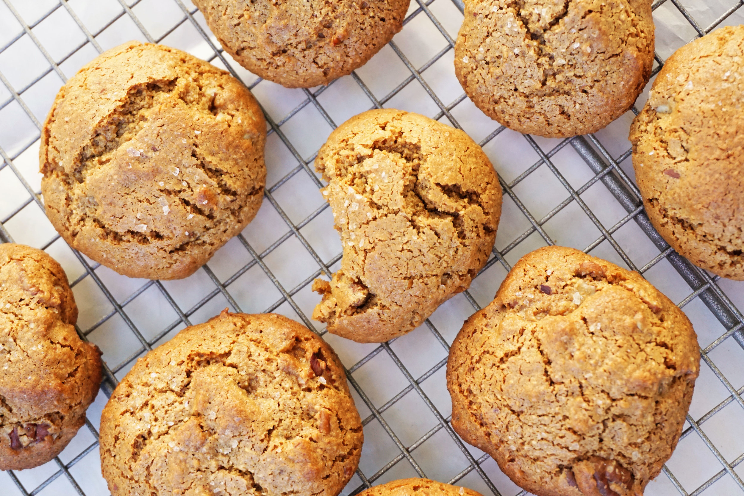 Honey Ginger Pecan Cookies (Paleo)