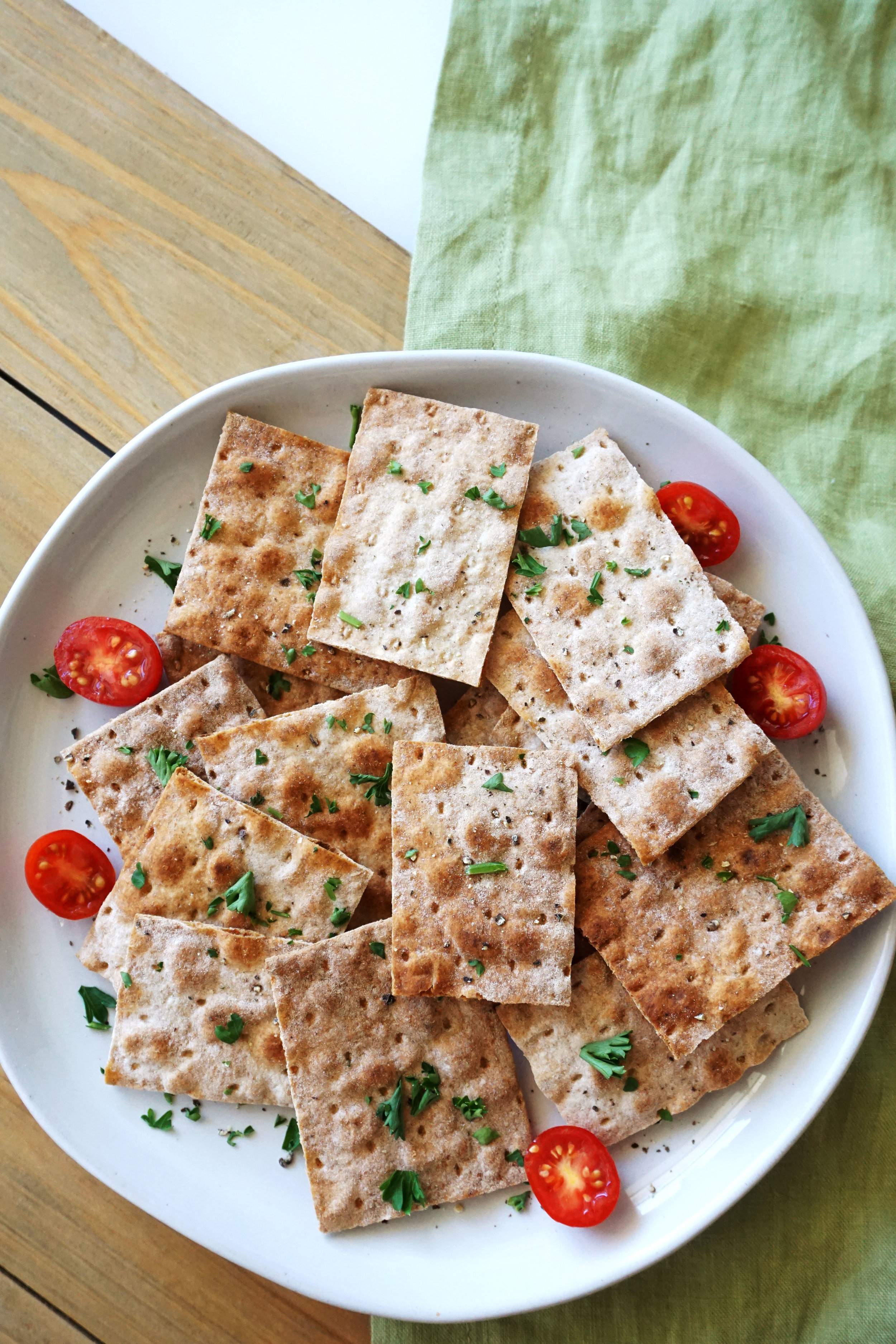 Baked Whole-Grain Lavash Chips and Mediterranean Dip (Vegan)