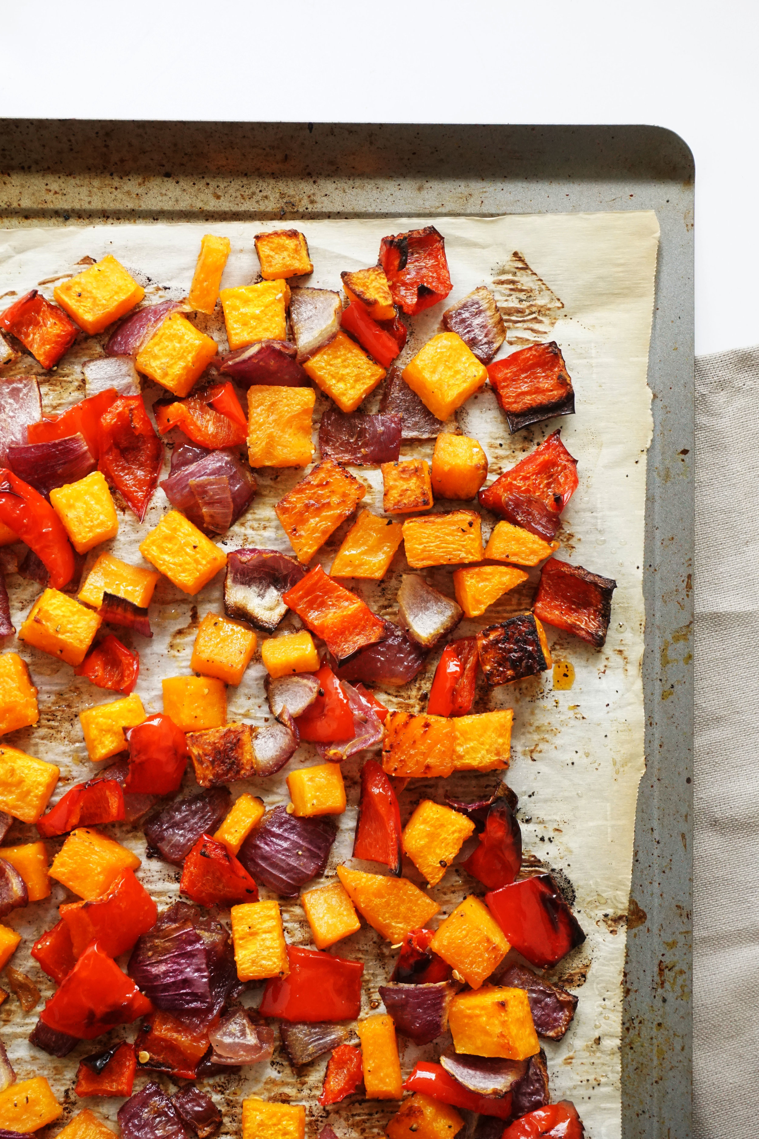 One-Pan Roasted Squash and Pepper Dinner (Vegetarian, Dairy-free, Grain-free)