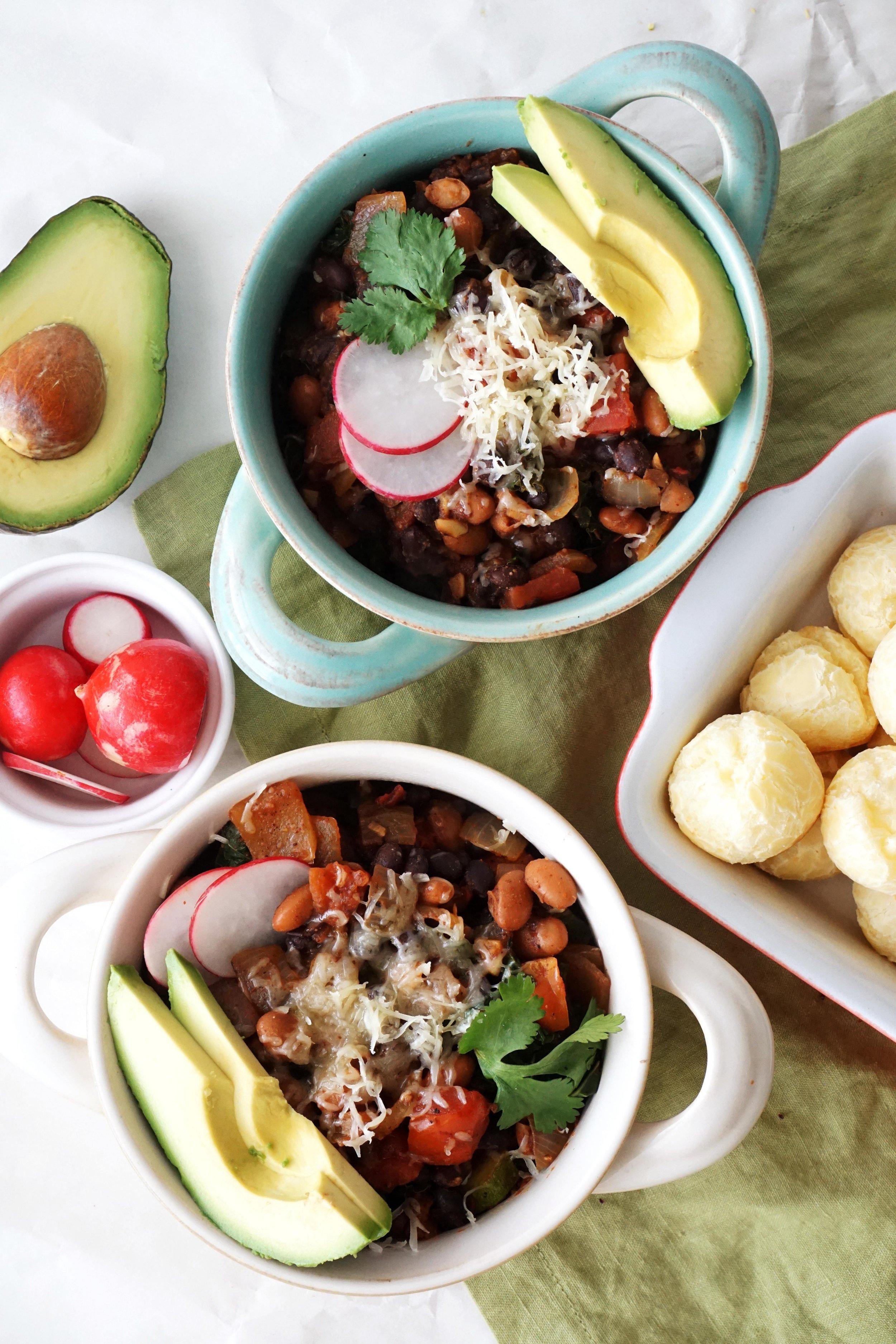 Veggie Chili Super Bowls with Cheddar-Parmesan Bites (GF)