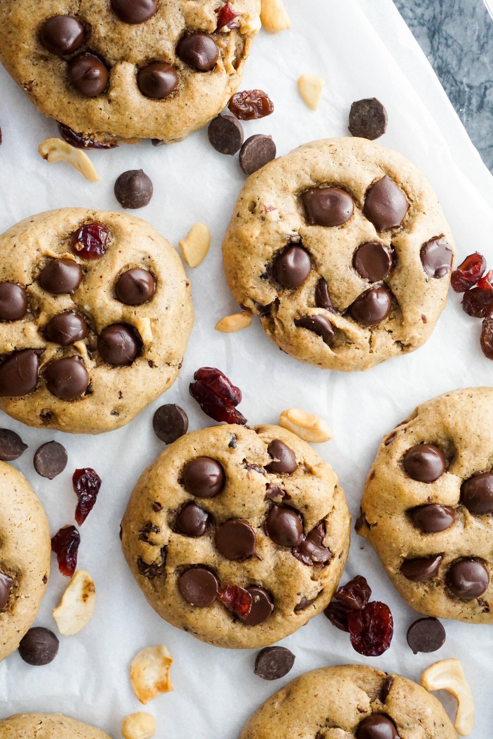 Chocolate Chip Cranberry Cashew Breakfast Cookies