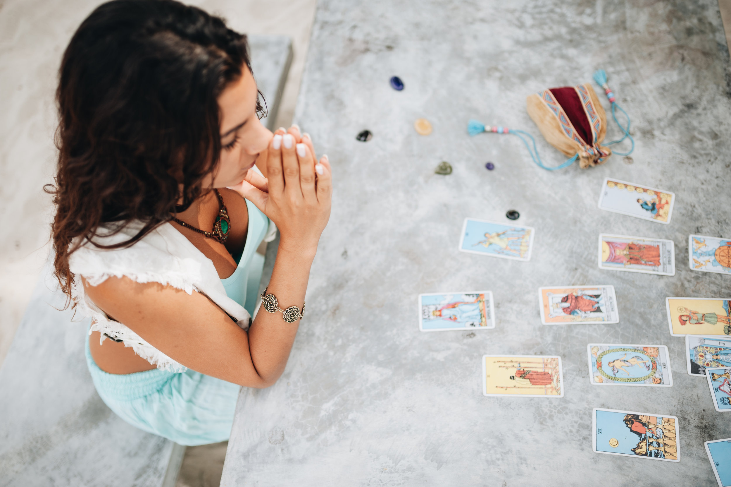 Spreads, Pulls and Dialogues - Six Proven Tarot Techniques