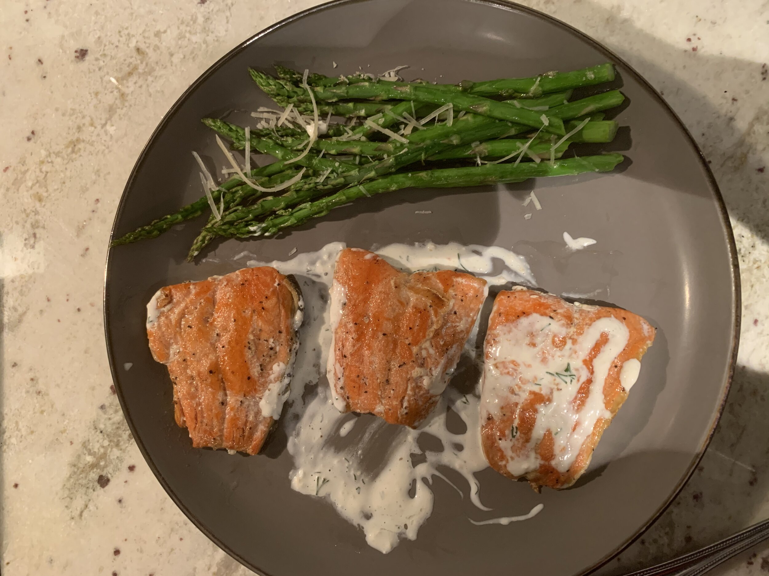Deidre's final product--salmon with dill sauce & roasted asparagus sess. 6.jpg