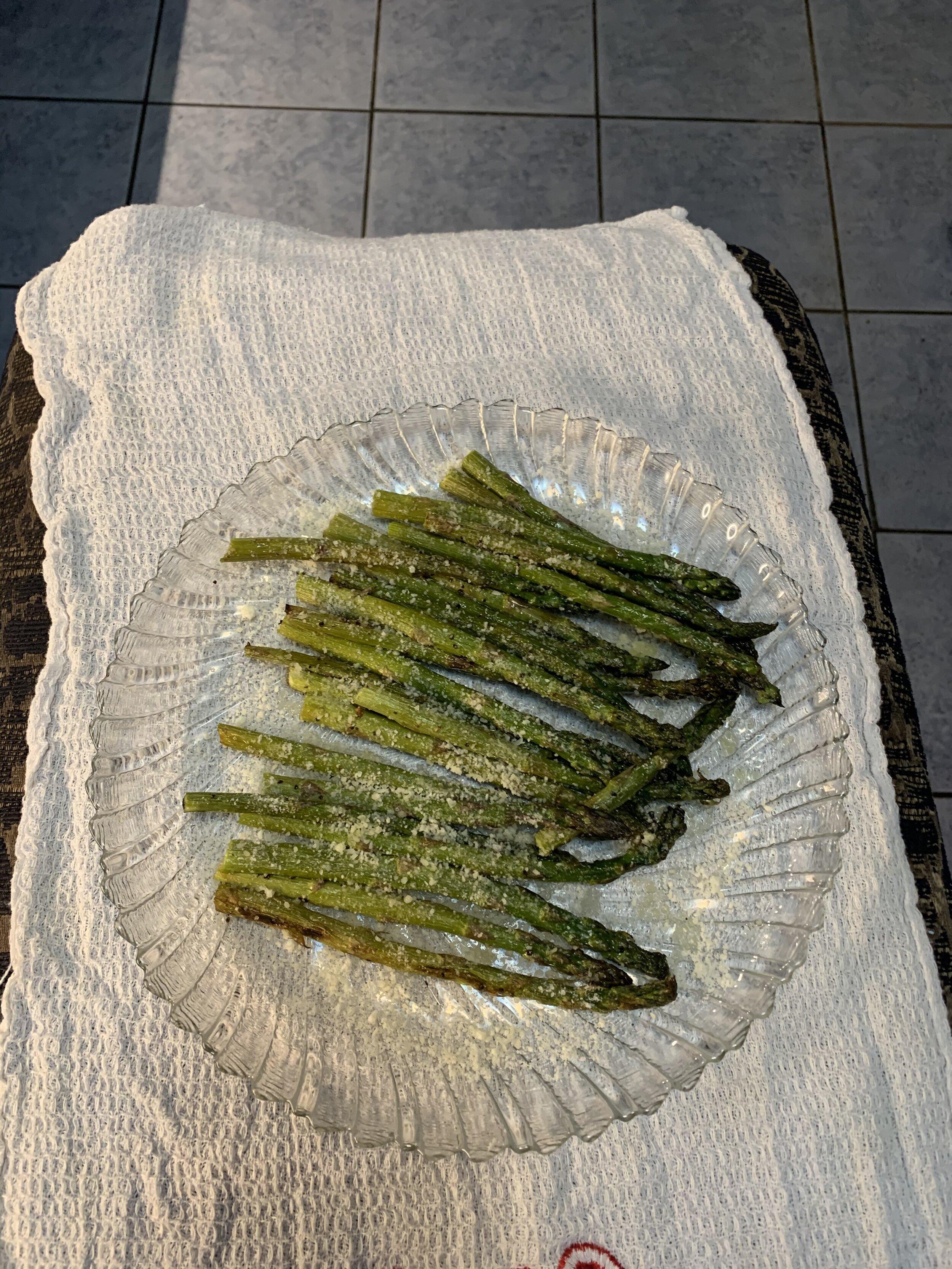 Violet's roasted asparagus sess. 6.jpg