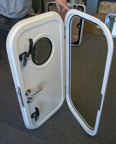 commercialdoor_1.jpg