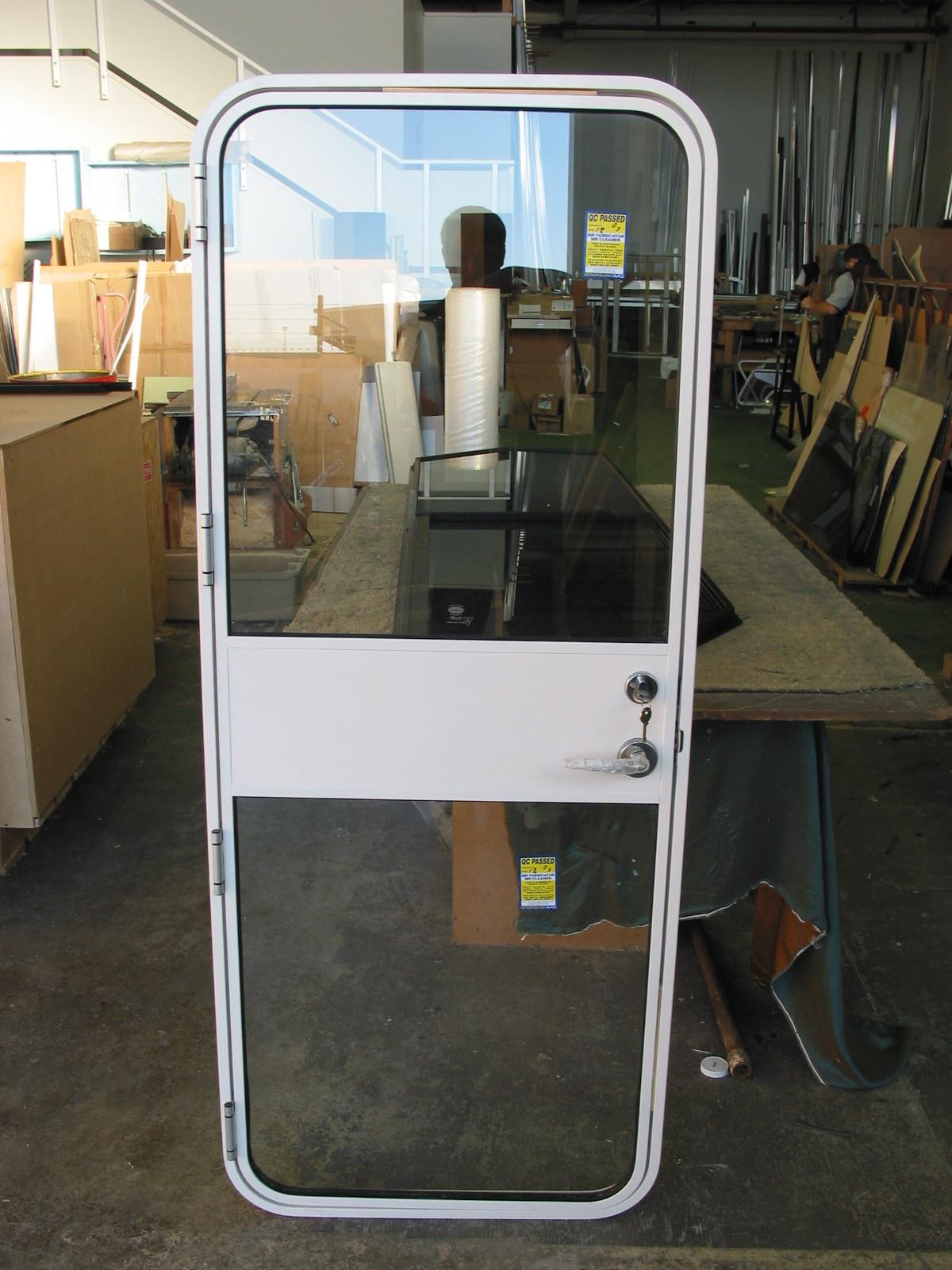 Access Door Glazed 402KB.JPG