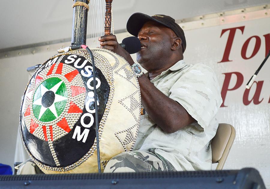 Singer Foday Musa Suso