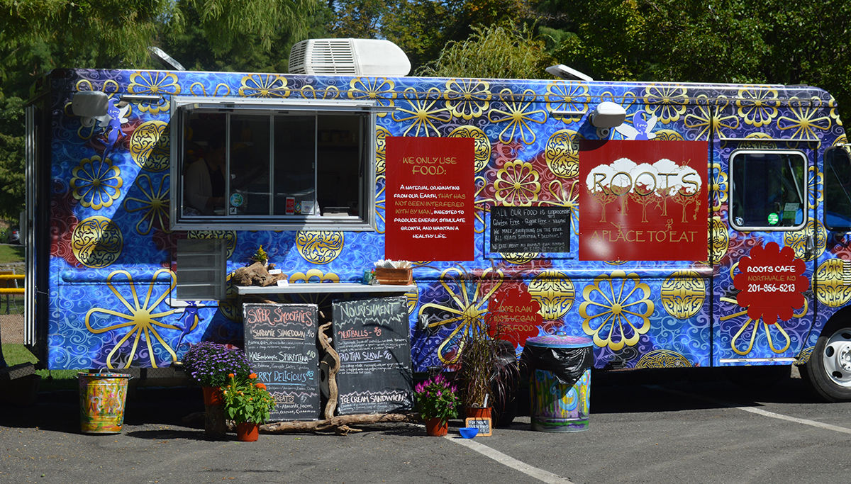 Roots Cafe vegan food truck