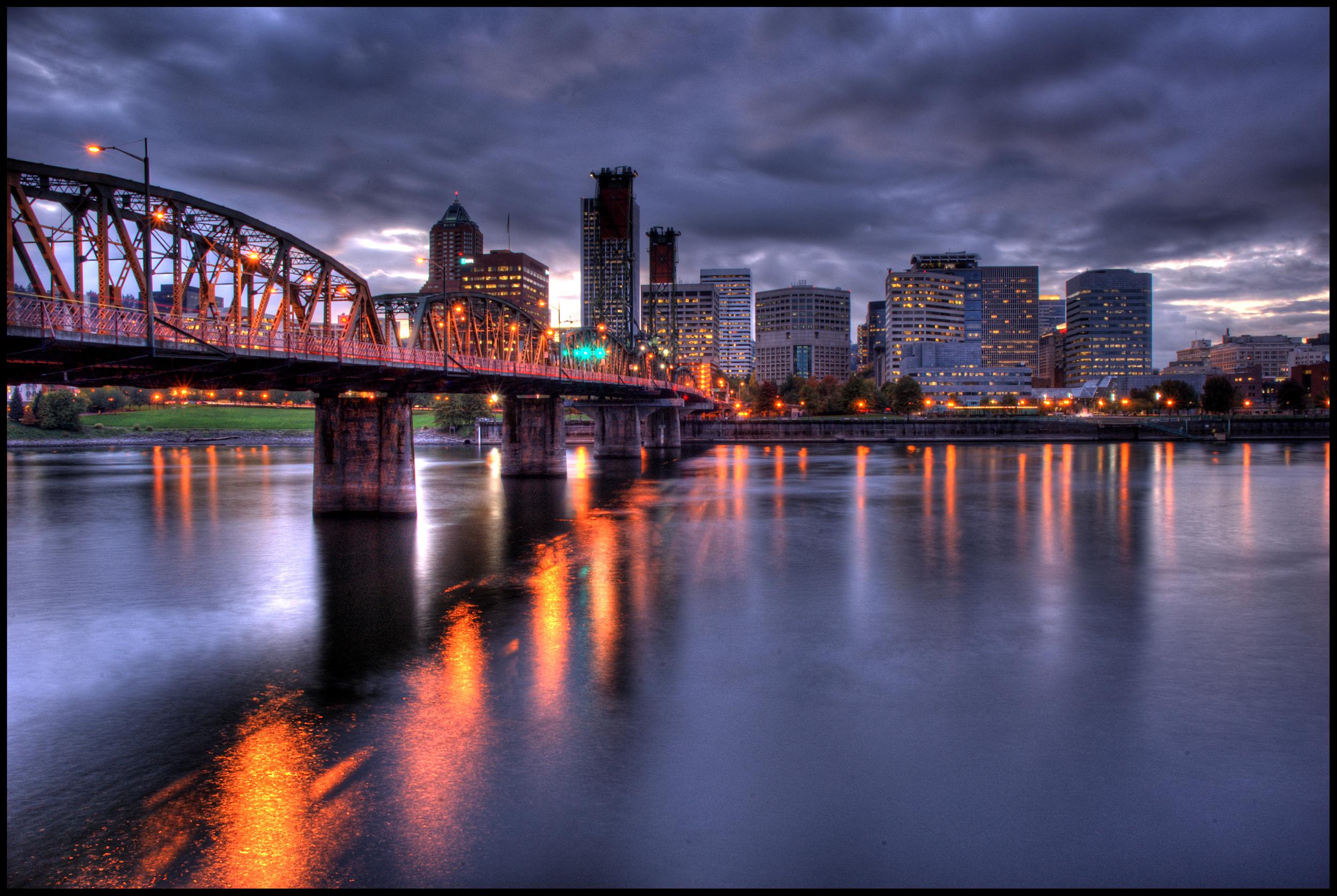 Hawthorne Bridge, Portland, OR
