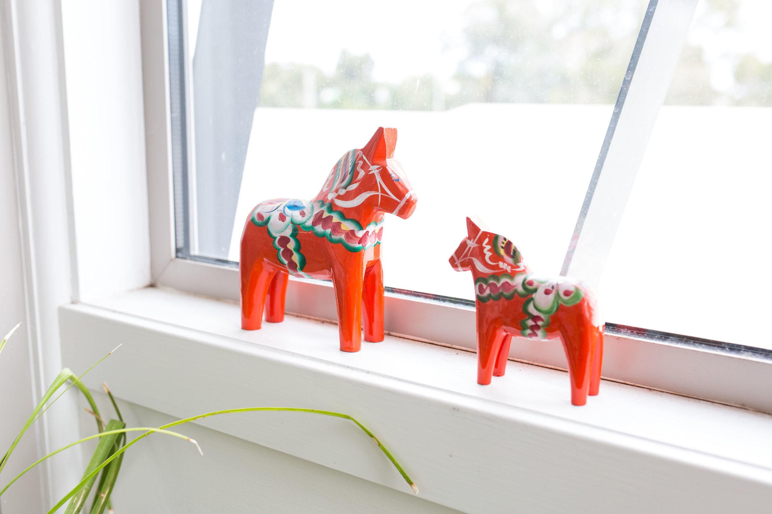Emily Boutard, Simon McKenzie & Patrick Darby - Rented Space. Swedish Dala horses