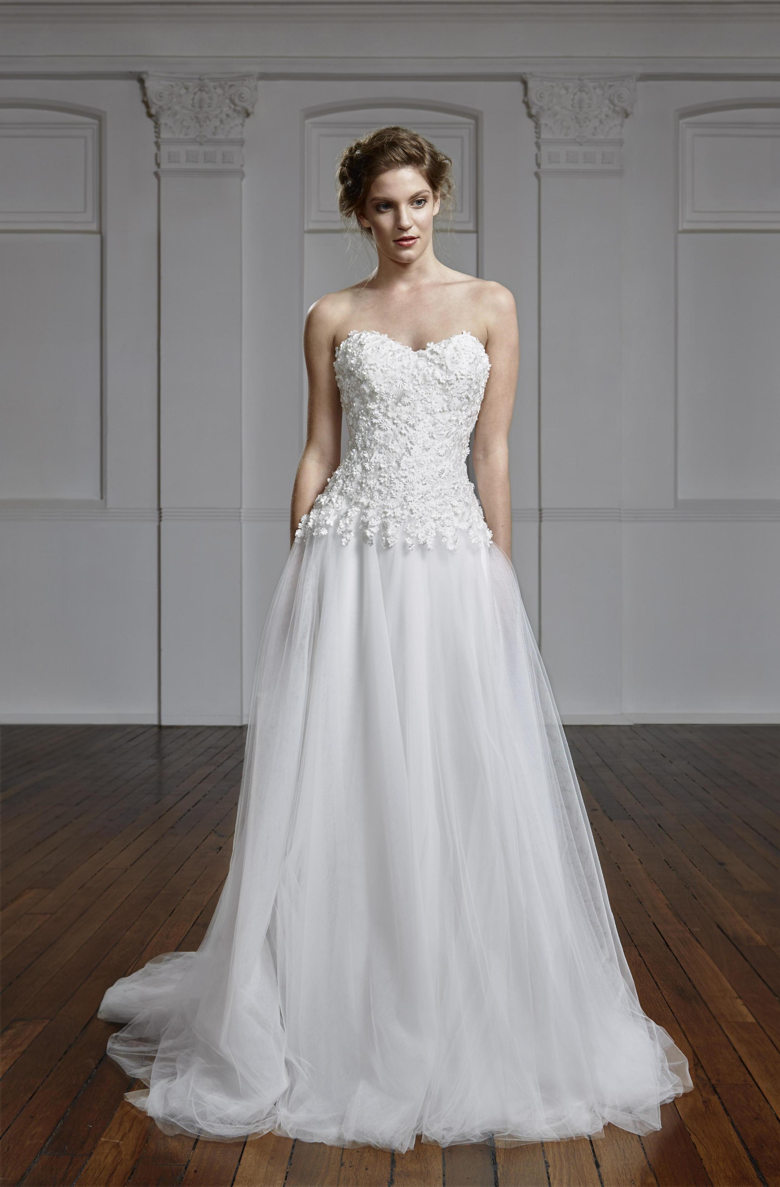 Wild Daisy-bridal design_TanyaAnic©GrantSparkesCarroll_195 a.jpg