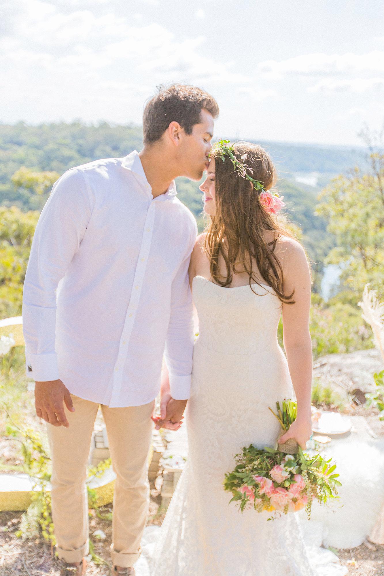 3lyric gown tanya anic bridal photography lilelements modern wedding feature blog 3E3A0512.jpg