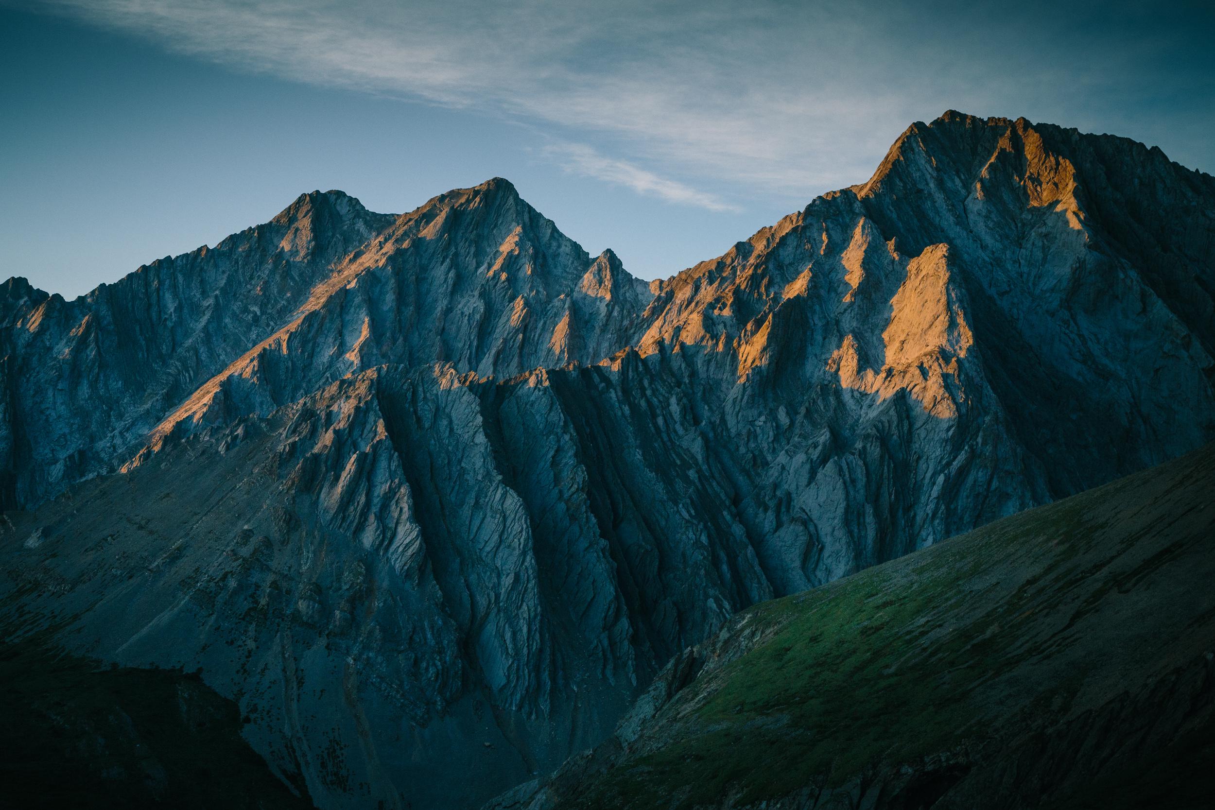 steve_seeley_grizzly_peak_alpenglow.jpg