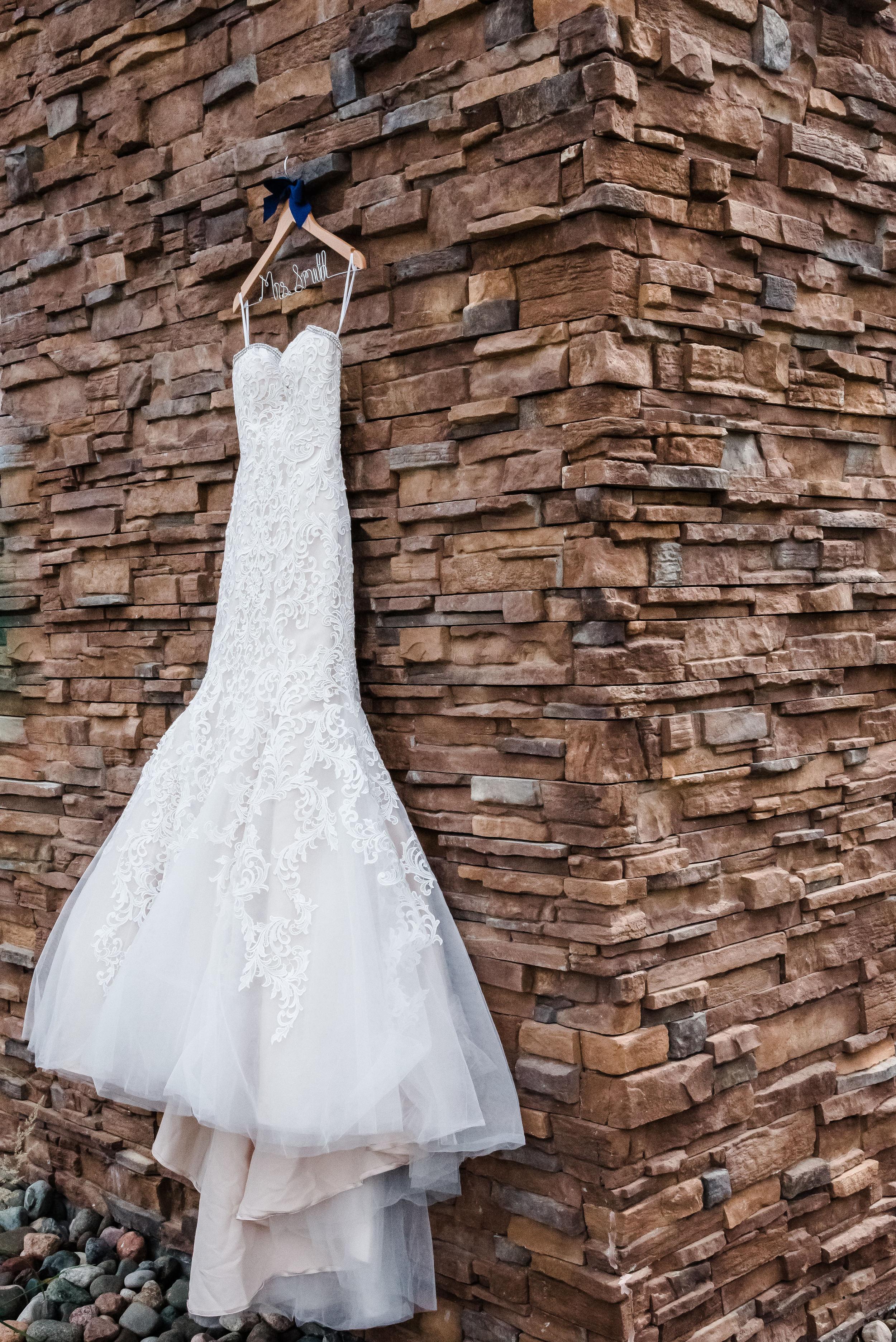 Layce and Brandon - Wedding - Bridal Prep and Details-13.jpg