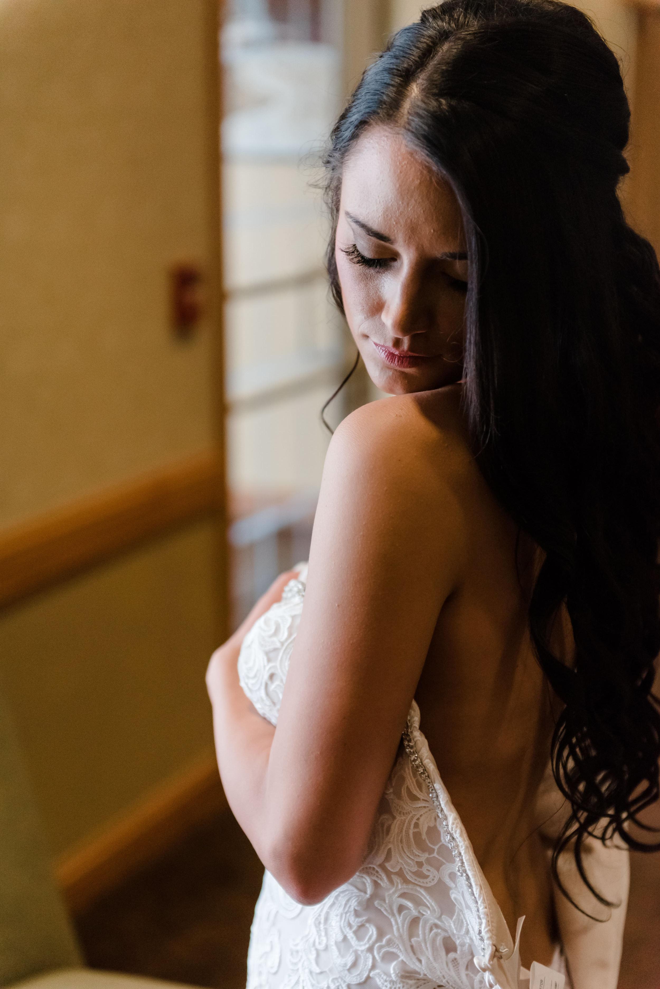 Layce and Brandon - Wedding - Bridal Prep and Details-51.jpg