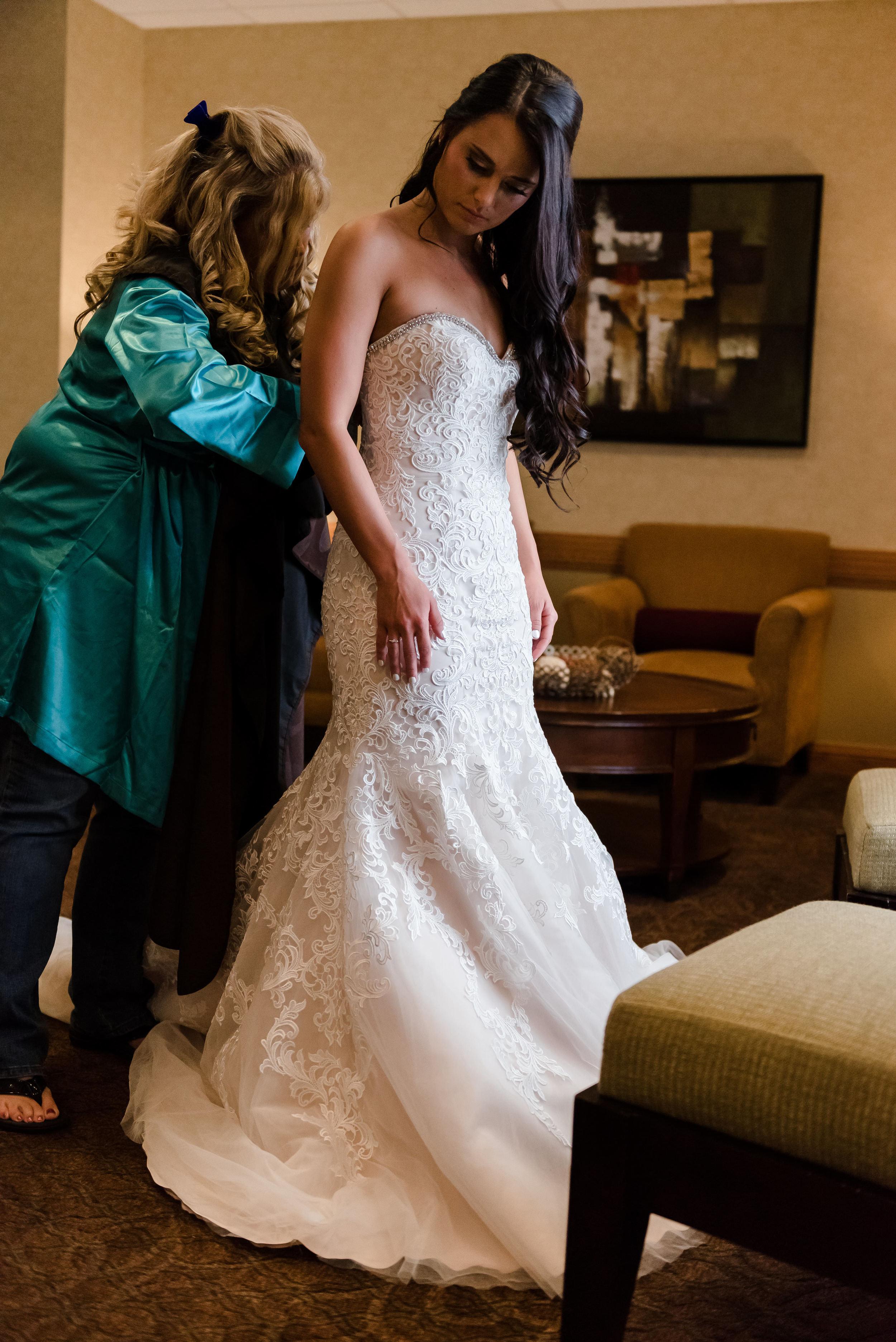 Layce and Brandon - Wedding - Bridal Prep and Details-54.jpg
