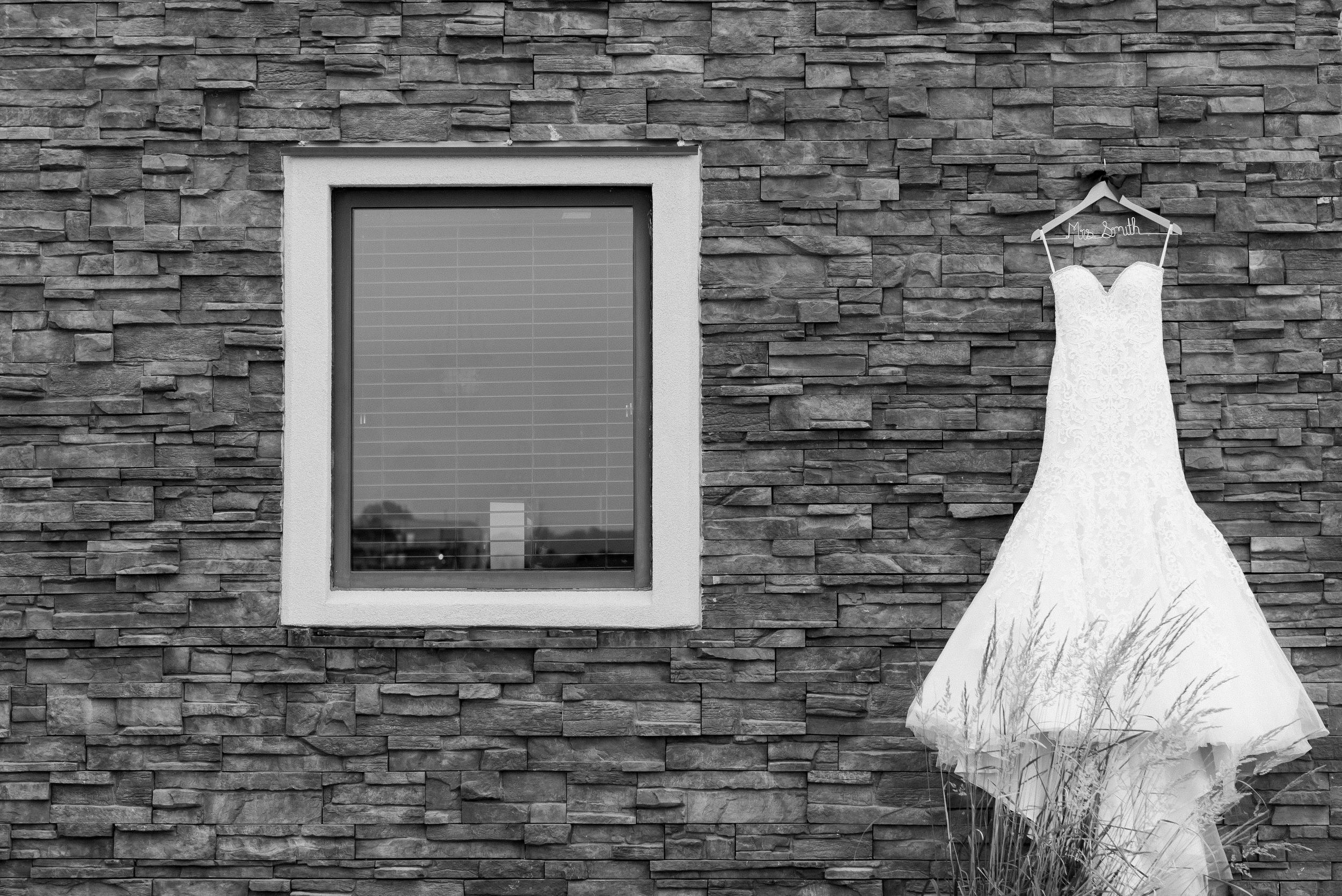 Layce and Brandon - Wedding - Black and White Pt 1-21.jpg