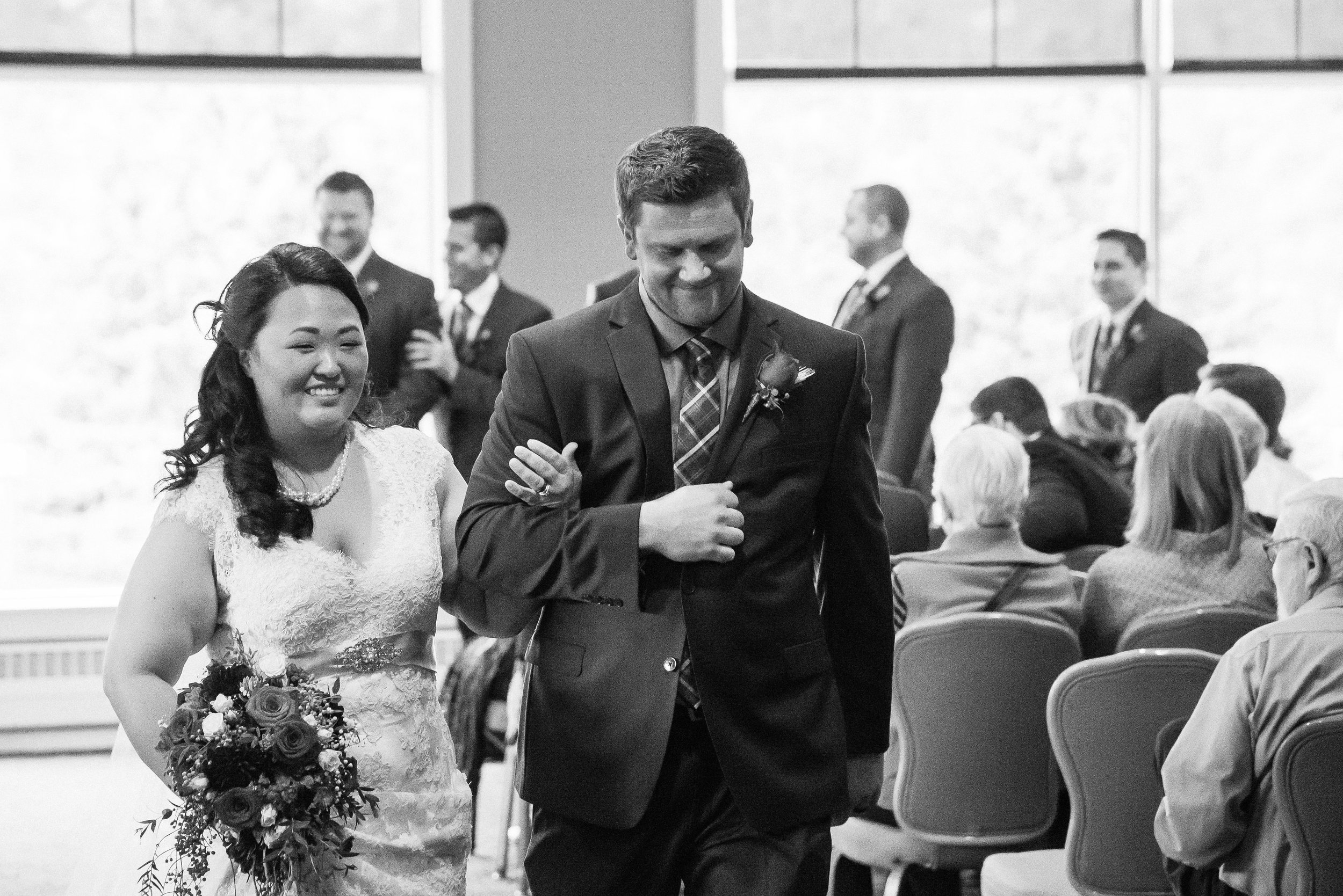 Lisa + Rob - Wedding-102.jpg
