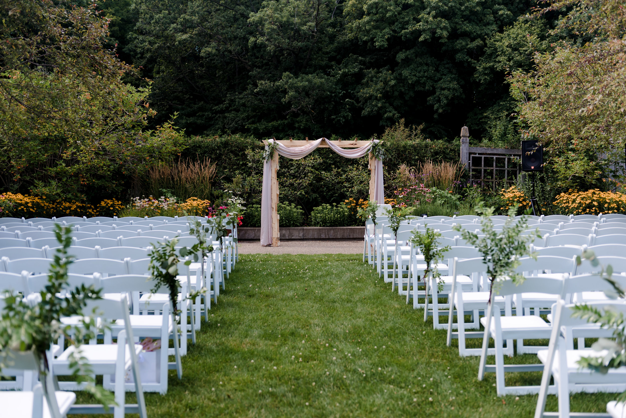 Sensory Garden Wedding at MN Landscape Arboretum