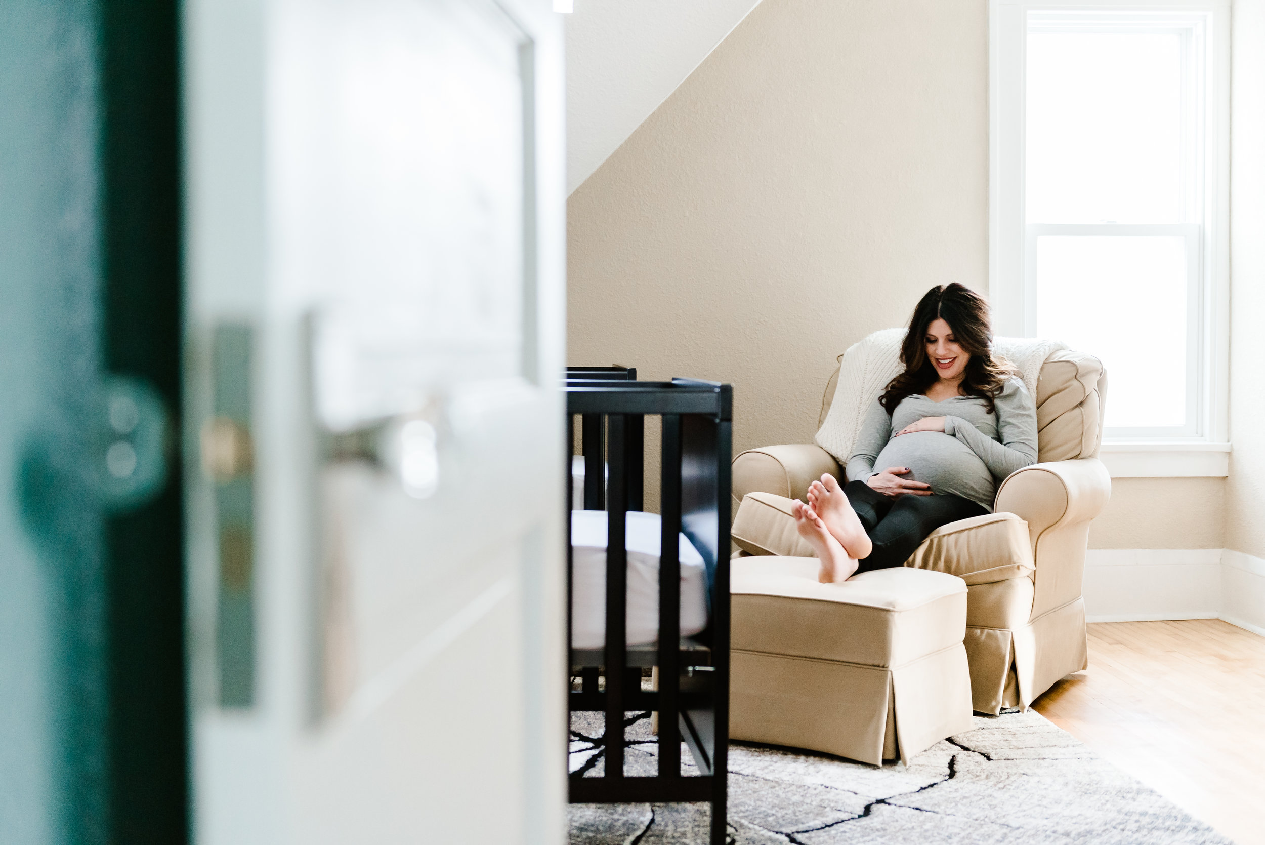 Gina - In Home Maternity Session-9.jpg