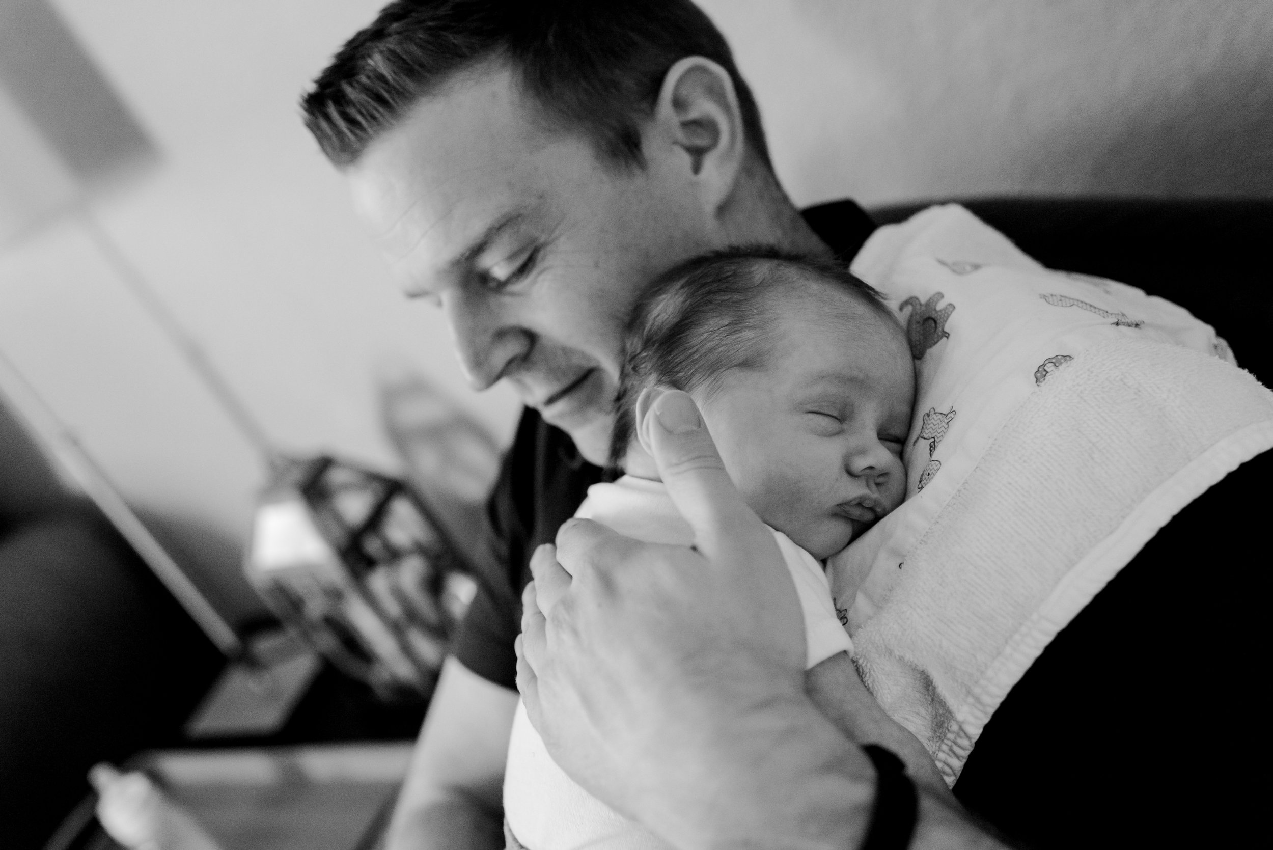 Kurtz Twins - In Home Newborn Session St Paul BW-11.jpg