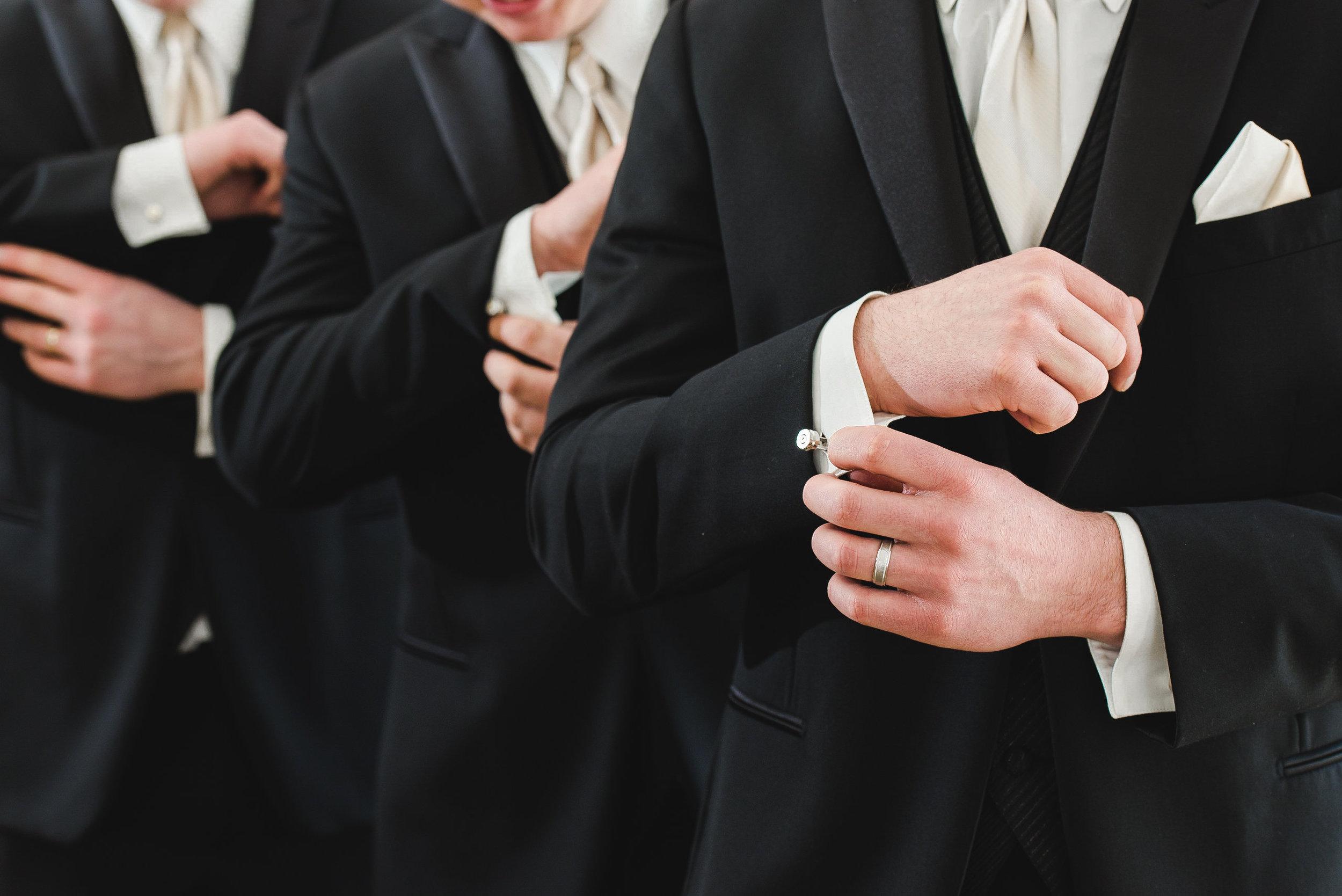 Lyndsay + Josh - Wedding -284.jpg