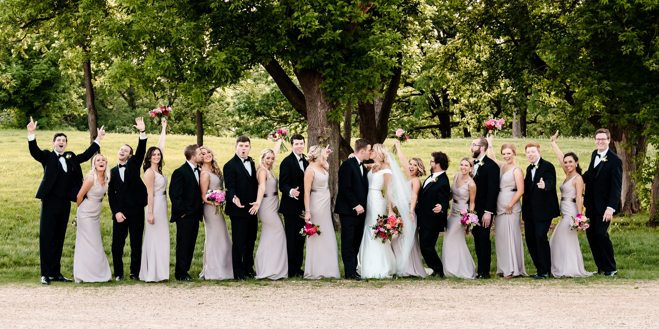 Amanda + Justin - Wedding Album_21.jpg