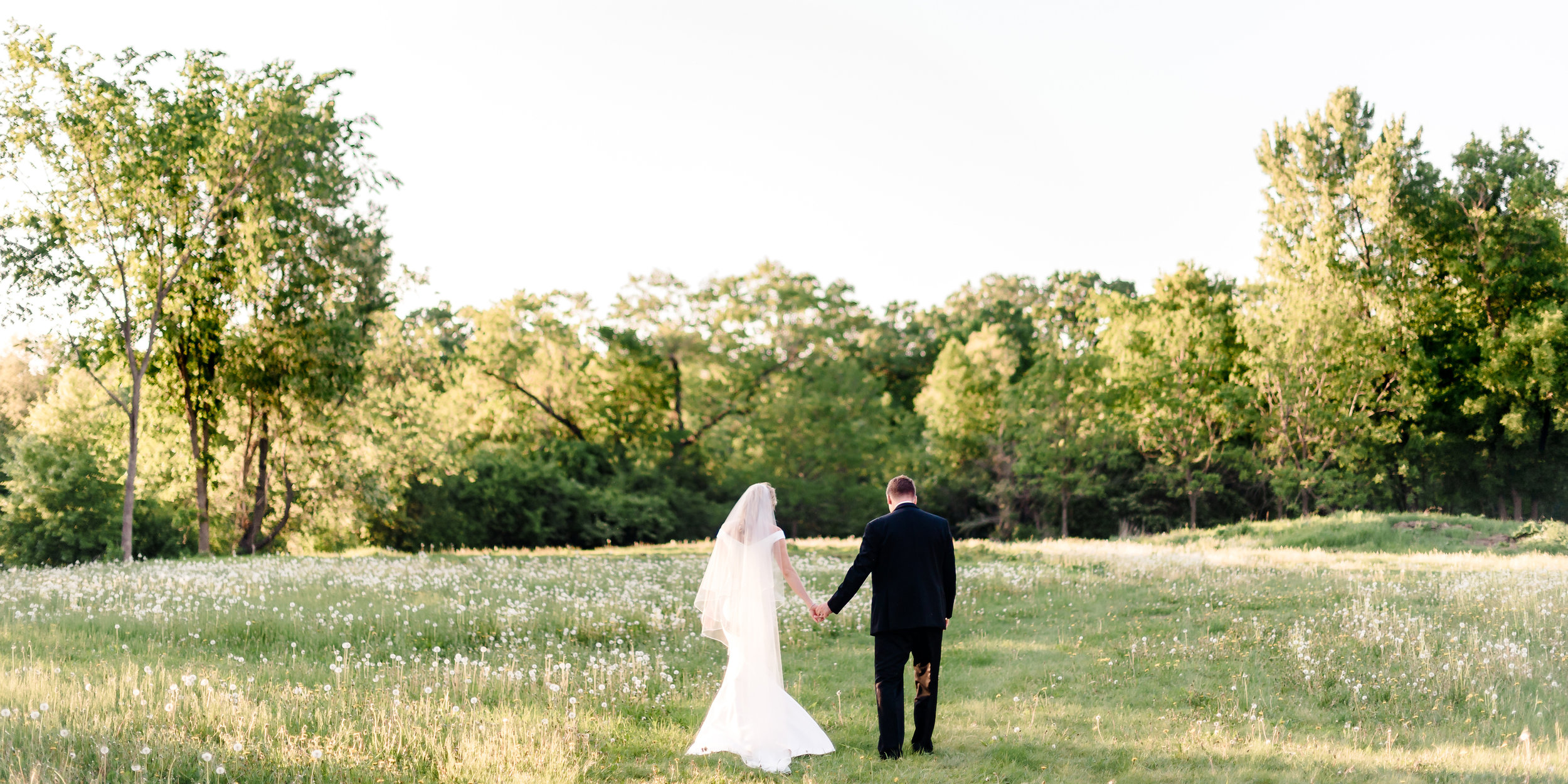Amanda + Justin - Wedding Album_27.jpg