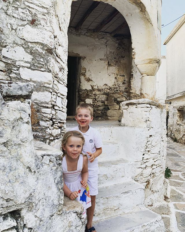 Stumbled onto these two cheeky monkeys 🐒 hiding in the village. Can't believe my dress made it all the way to Paros 2019 from Sydney 1981.