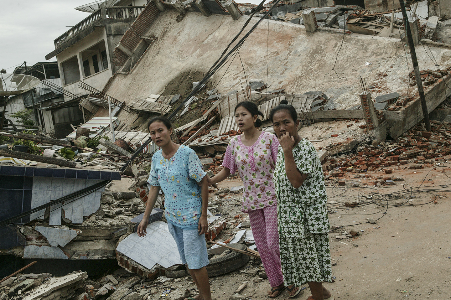 On March 28, 2005 the island of Nias, on the western coast of Sumatra, was hit by an 8.3 earthquake.