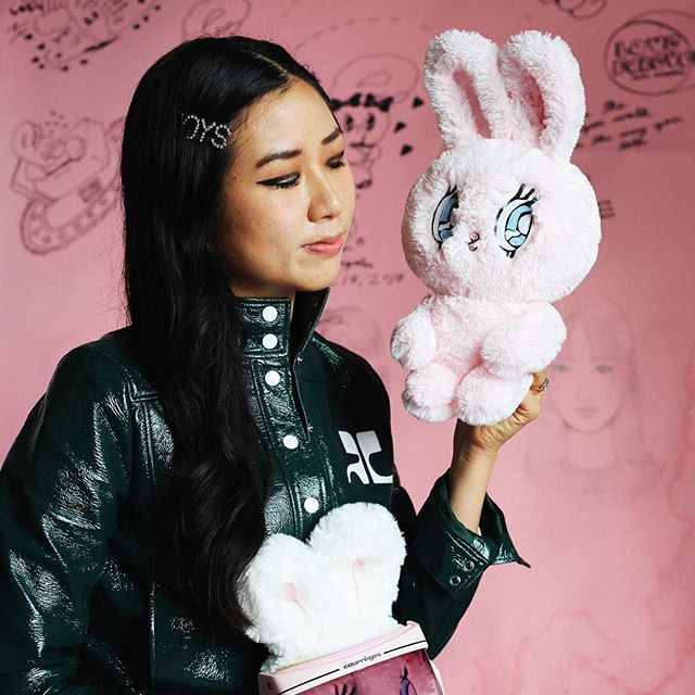 Had a great time shooting @estherlovesyou for @lazyoafs last week! Esther is such a kind, creative person - check out her studio tour, link in bio!!! 💖🐰💘⭐️💞 #photour #estherbunny #lazyoaf #dtla #photography #vsco #art