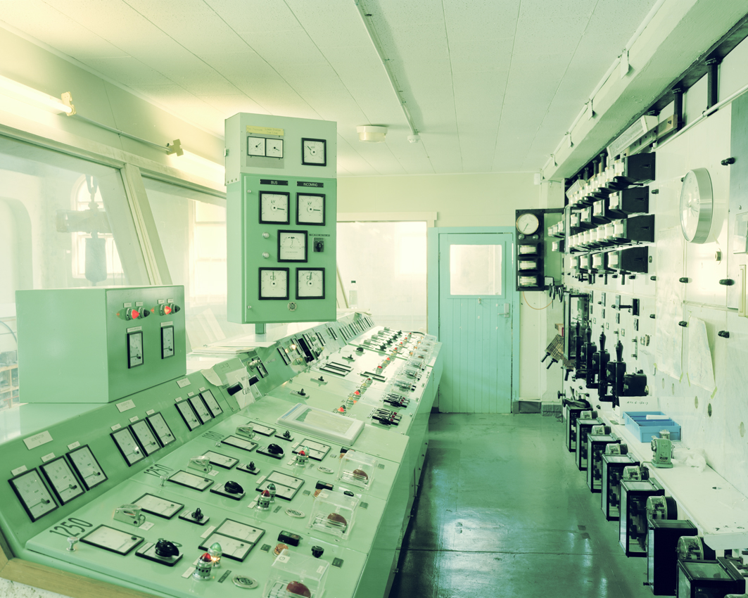 38_powerplant-control-room.jpg