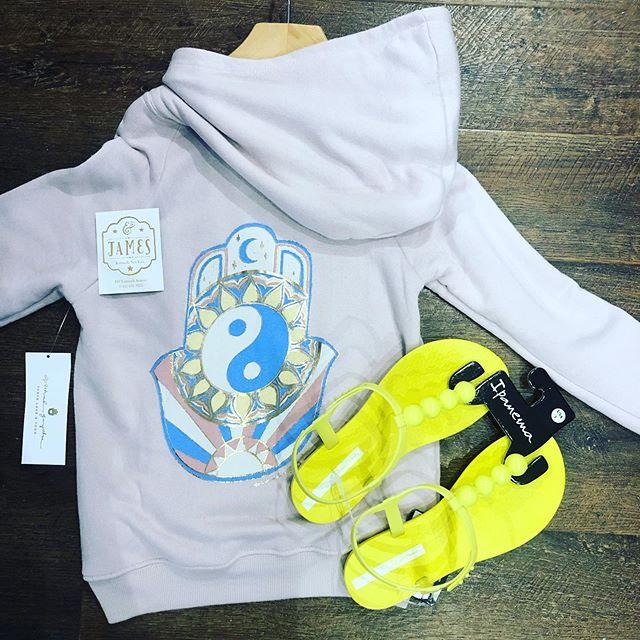 💕 for our older customers: summer hoodie (@spiritualgangster) 30% off ! ☀️ summer sandals (@ipanemausa ) 20% off! #summersale . . . . #tweenlife #positivestyle  #stylefix #tweenfashion #tweenmodel #style #ridgefieldct #northsalemny #jjms #poundridge #somersny #katonah #katonahchamberofcommerce #bedford #bedfordny #armonkmoms #armonk #chappaqua #chappaquamoms #westchestersbestkidsstore #tweenboutique #westchestermoms #nycmom #coolmom #katonahlife #914 #fun #katonahlife
