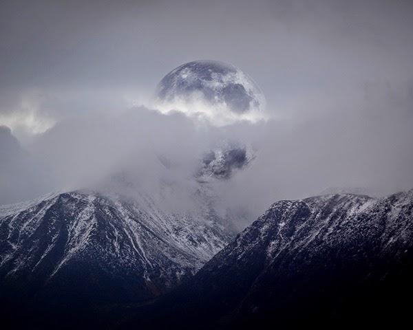 mountainMoon.jpg