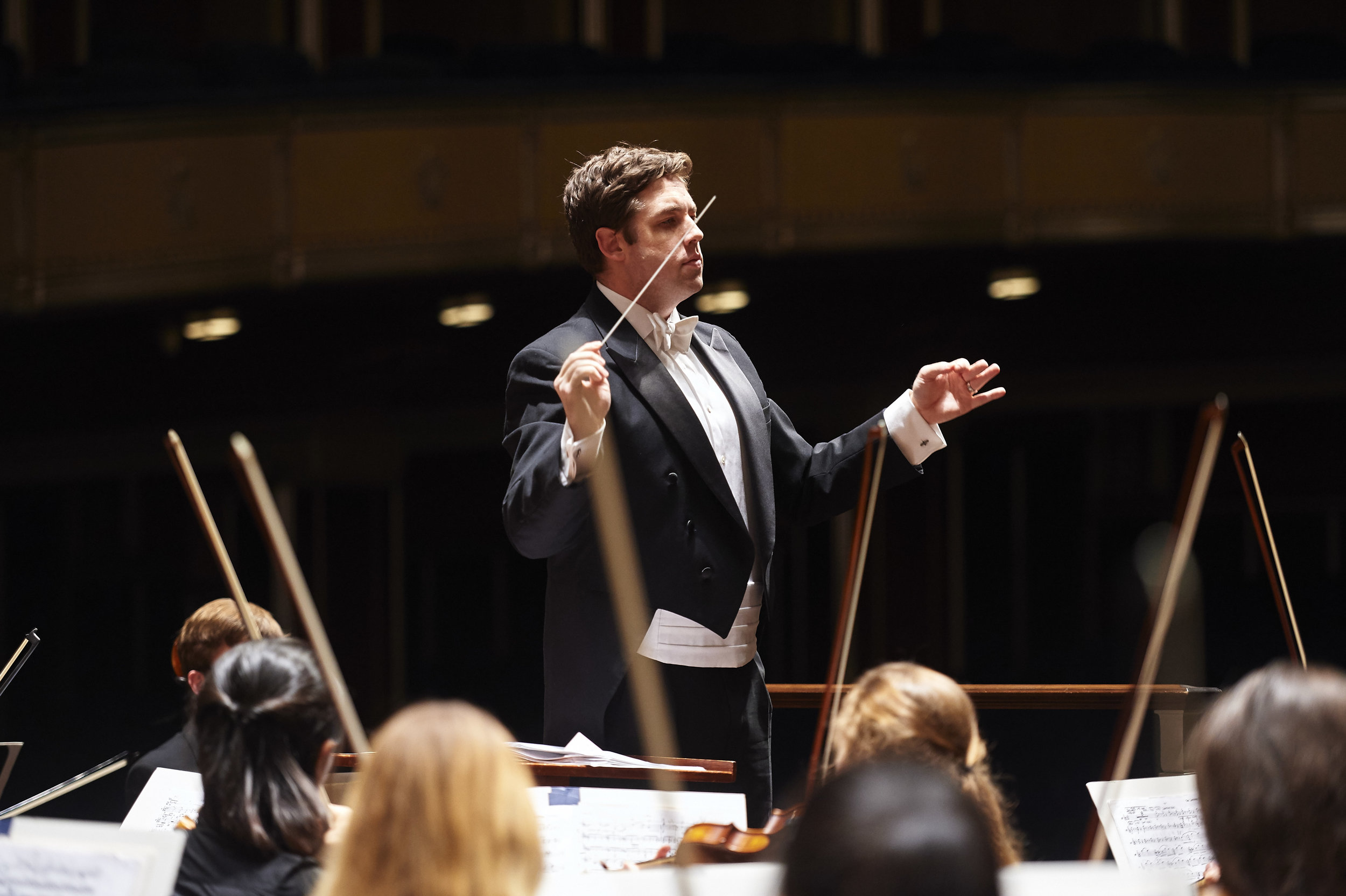 Brett Mitchell conducts the Cleveland Orchestra Youth Orchestra in performance at Severance Hall. (Photo by Roger Mastroianni)