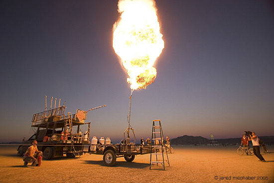 020_106_Burningman2005_0314.JPG