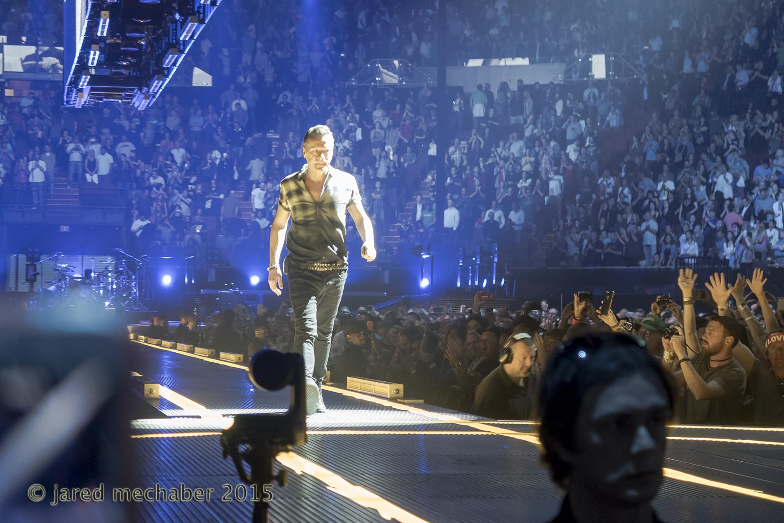 150527_U2-I+E Tour_335.jpg